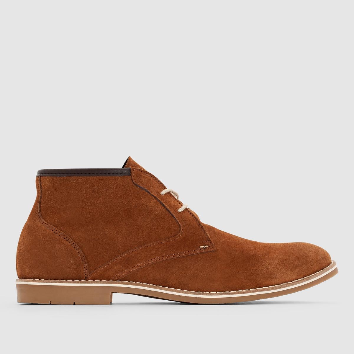 Ботинки кожаные на шнуровке.