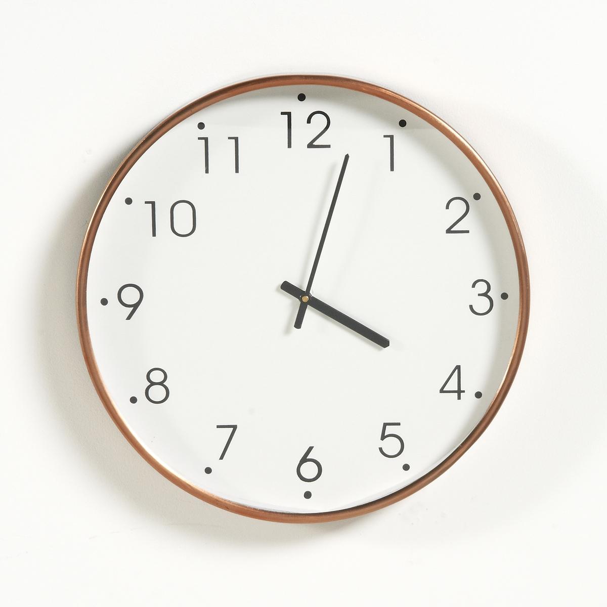 Часы металлические с медной отделкой