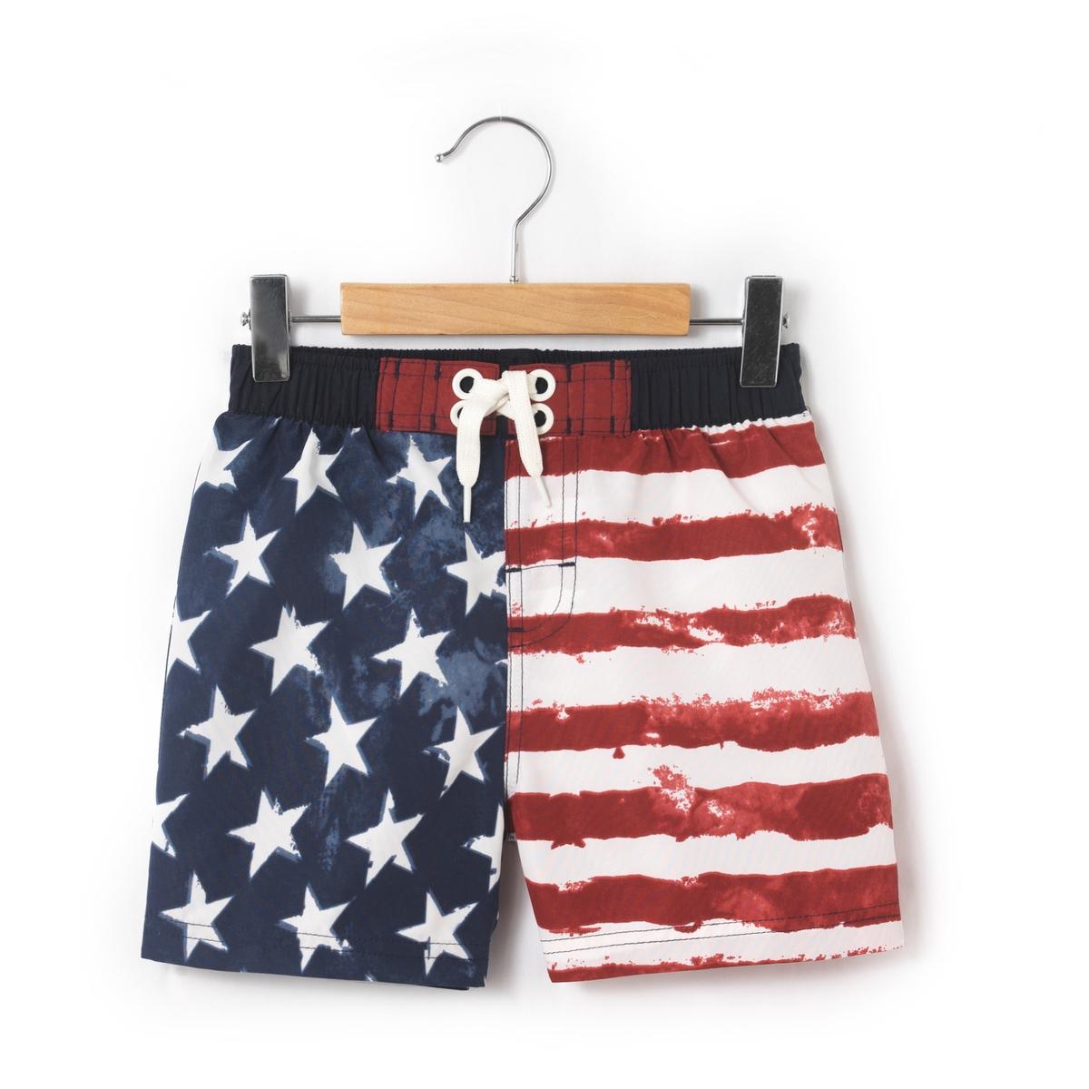 Шорты для плавания 3 - 8 летШорты для плавания с рисунком американский флаг. Эластичный пояс.Состав и описаниеМатериал: 100% полиэстерМарка          abcdR УходМашинная стирка при 30 °С с вещами схожих цветовСтирать с изнаночной стороныМашинная сушка запрещенаНе гладить<br><br>Цвет: набивной рисунок<br>Размер: 8 лет - 126 см.5 лет - 108 см