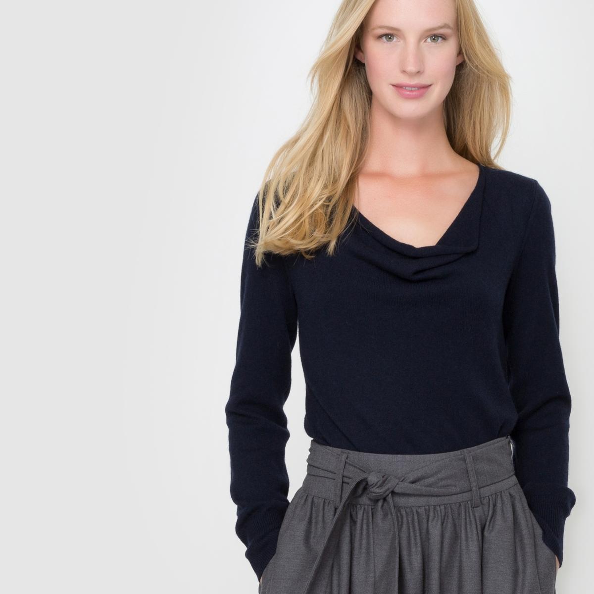 Пуловер с драпировкой на вырезе, 100% кашемираПуловер с драпировкой на вырезе. Длинные рукава. Края рукавов и низа связаны в рубчик. Джерси, 100% кашемира. Длина 64 см.<br><br>Цвет: темно-синий