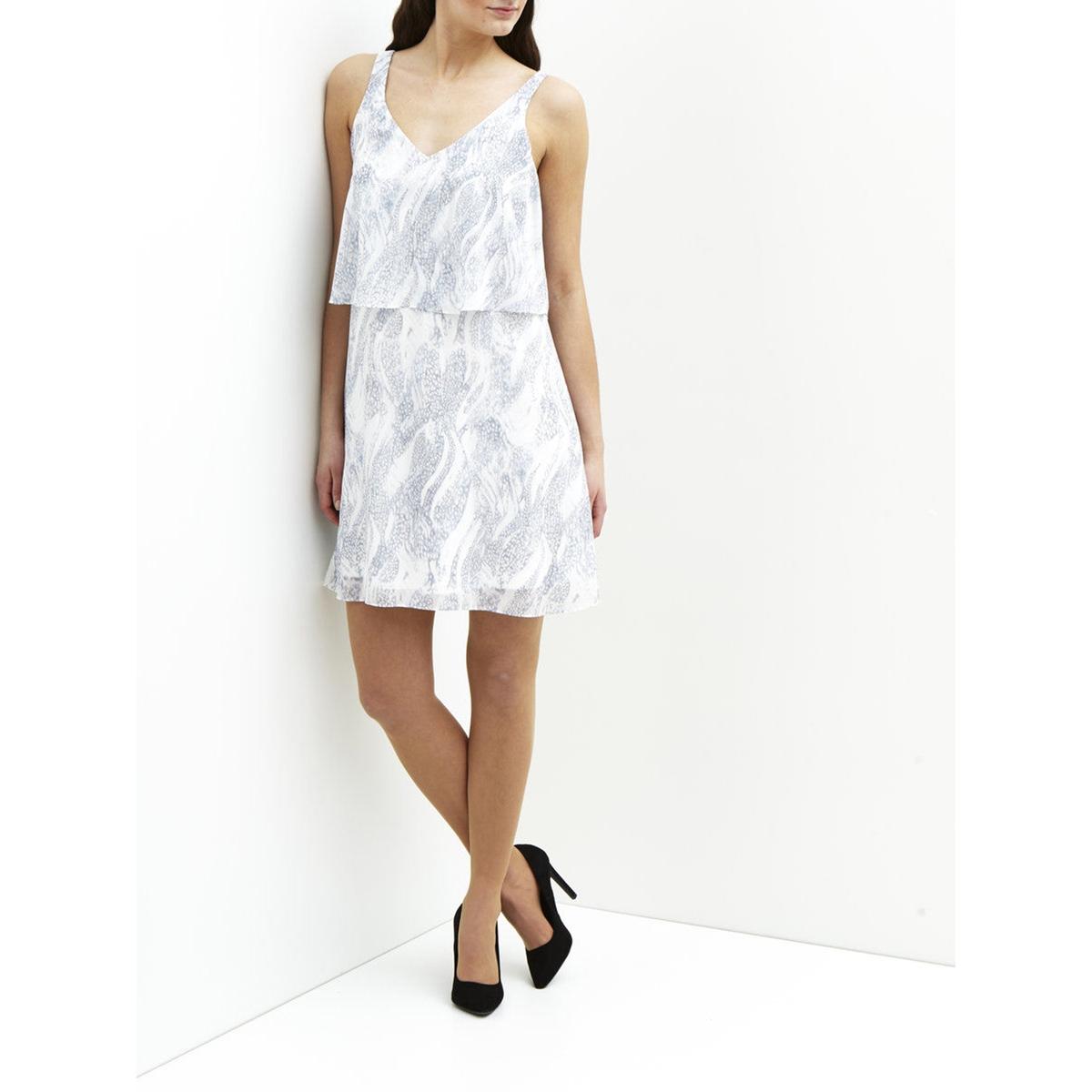 Платье с рисунком без рукавовХарактеристики и описание   Материал       100% полиэстера   Марка   VILA<br><br>Цвет: синий<br>Размер: XS