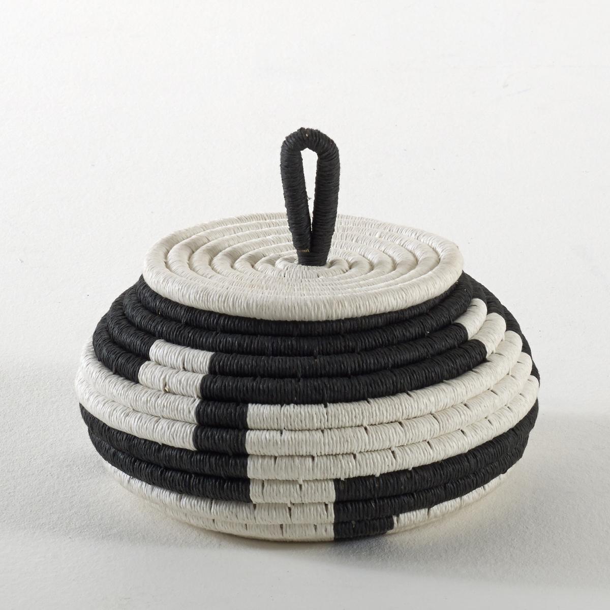 Ящик с крышкой, ShiguriСостав ящика с крышкой Shiguri :Каркас из морского тростника, покрытый плетеной бумагой .Размеры ящика с крышкойShiguri :Высота 12 см .Диаметр 22 см .<br><br>Цвет: черный/ белый