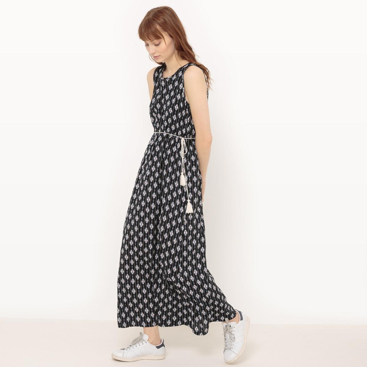 Платье длинное с рисунком и поясом