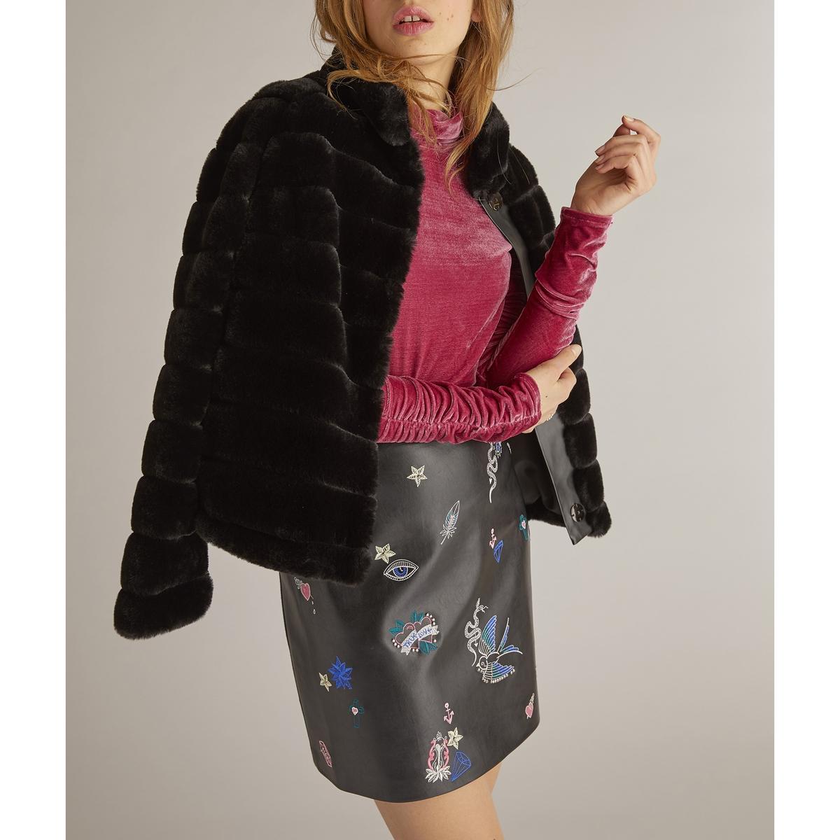Пальто короткое с искусственным мехом