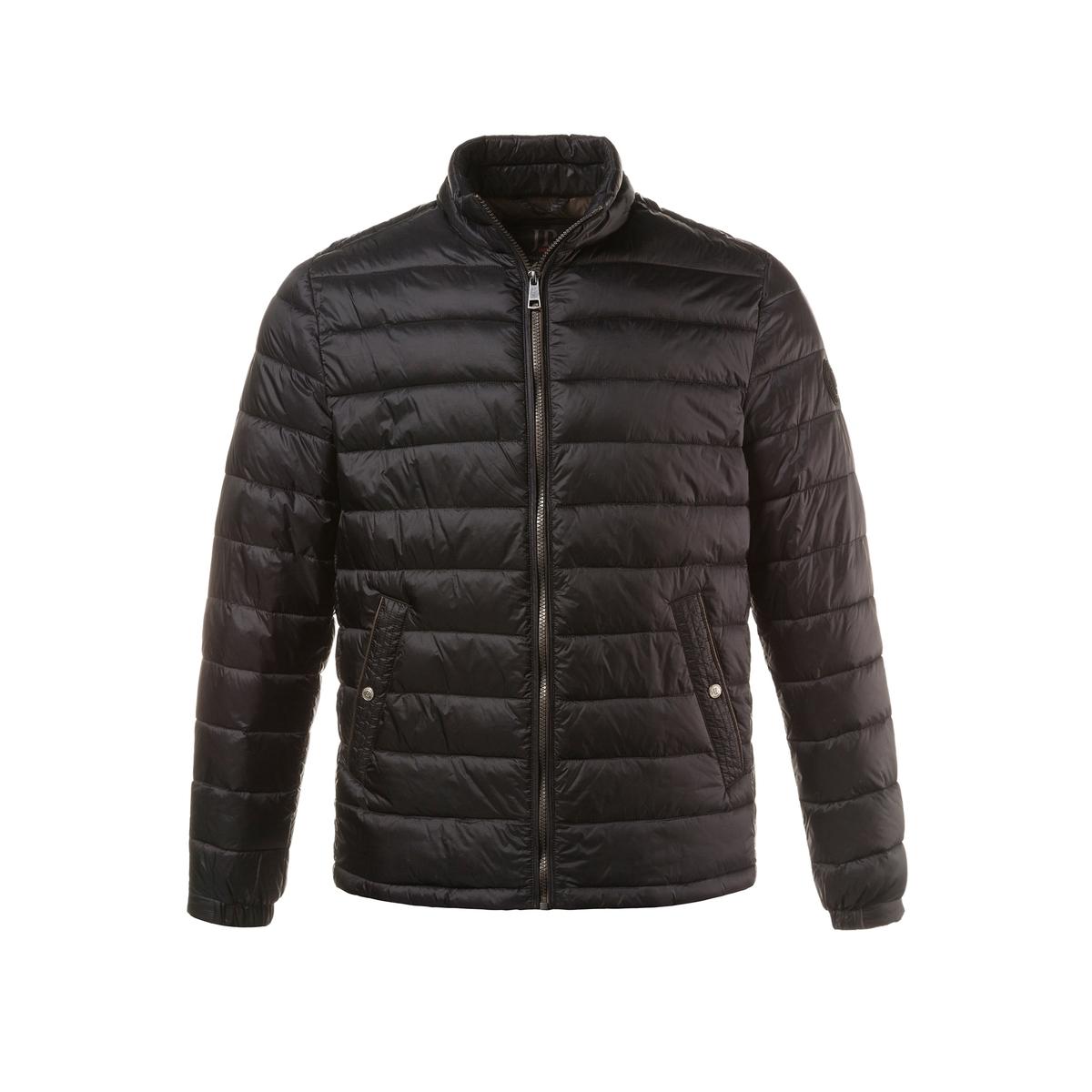 Куртка стеганаяКуртка стеганая JP1880 . 100% полиамида.. Подкладка: 100% полиамида.. Очень легкая и теплая куртка . Настоящее ощущение пуха ! Прямой воротник, на молнии, 2 кармана . Подкладка с карманами. Длина в зависимости от размера 70 - 79 см .<br><br>Цвет: черный<br>Размер: 7XL.6XL.3XL.XXL.XL