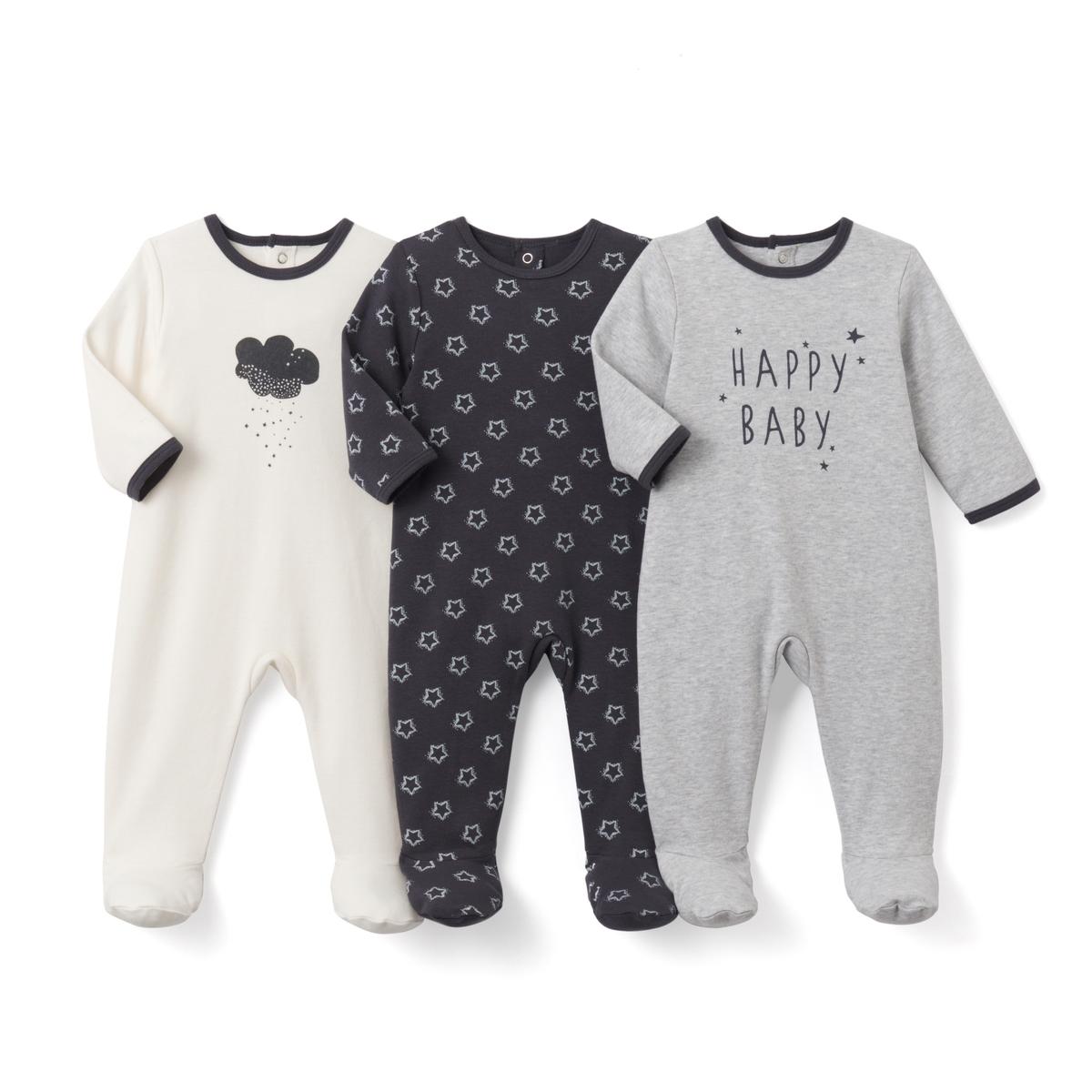 Пижама хлопковая с рисунком (3 шт.)- Oeko TexХлопковая пижама. В комплекте 3 пижамы: 1 с рисунком Happy baby спереди + 1 с рисунком звезды  + 1 с рисунком облако спереди. Круглый вырез.Клапан на кнопках и застежка на кнопки сзади. Нескользящая подошва с эластичными вставками сзади, начиная с размера 74 см. Label Товарный знак Oeko-Tex® . Знак Oeko-Tex® гарантирует, что товары прошли проверку и были изготовлены без применения вредных для здоровья человека веществ.  Состав и описание :    Материал       100% хлопок  Уход : Машинная стирка при 40°С с одеждой подобного цвета. Стирать, сушить и гладить с изнаночной стороны. Машинная сушка на умеренном режиме. Гладить на низкой температуре .  * Международный знак Oeko-tex гарантирует отсутствие вредных или раздражающих кожу веществ.<br><br>Цвет: серый + экрю<br>Размер: 0 мес. - 50 см.1 мес. - 54 см.6 мес. - 67 см.1 год - 74 см