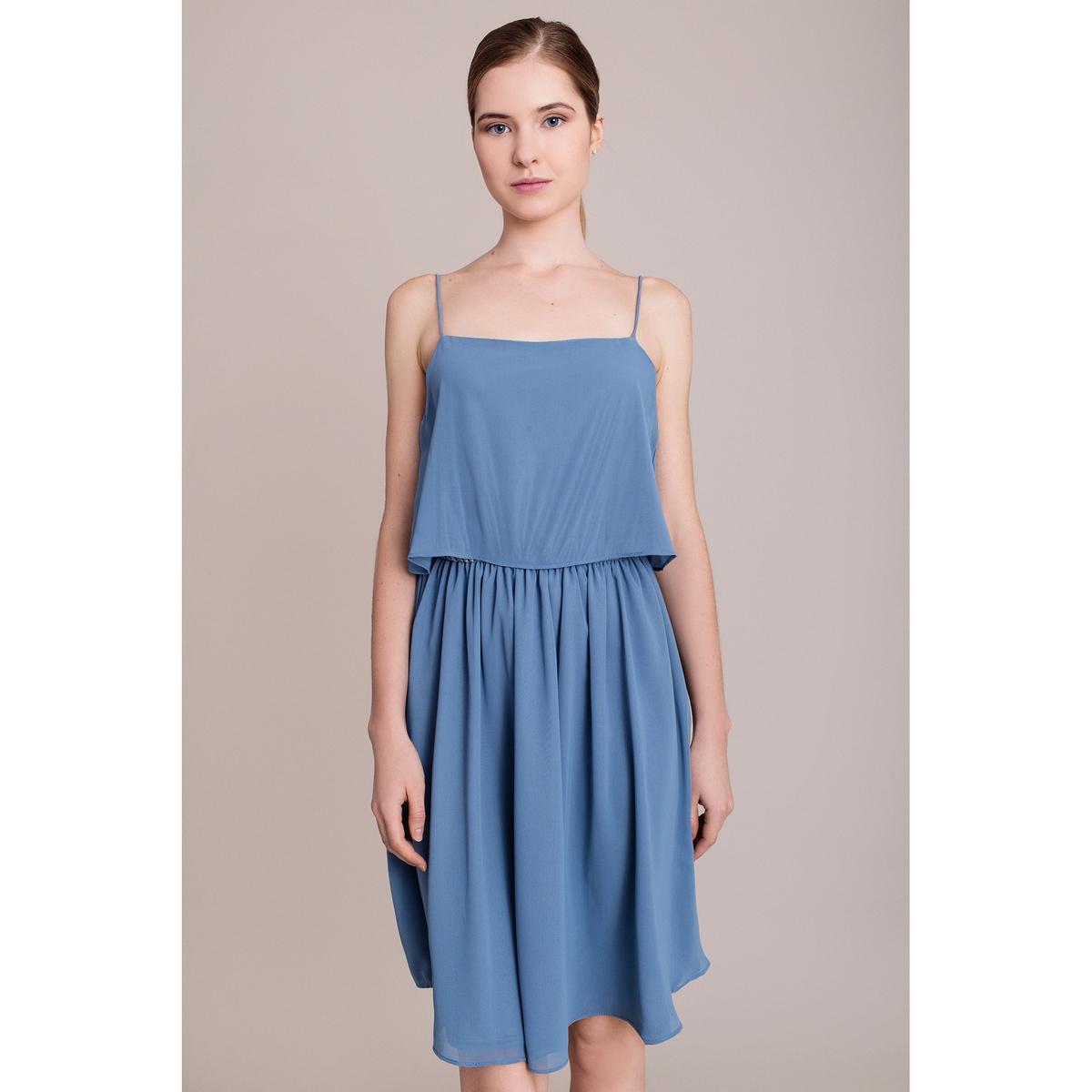 Платье с тонкими бретелямиПлатье MIGLE+ME. Высокий волан. Эластичный пояс. Характеристики и описание        Материал         100% полиэстера        Марка    MIGLE+ME<br><br>Цвет: синий