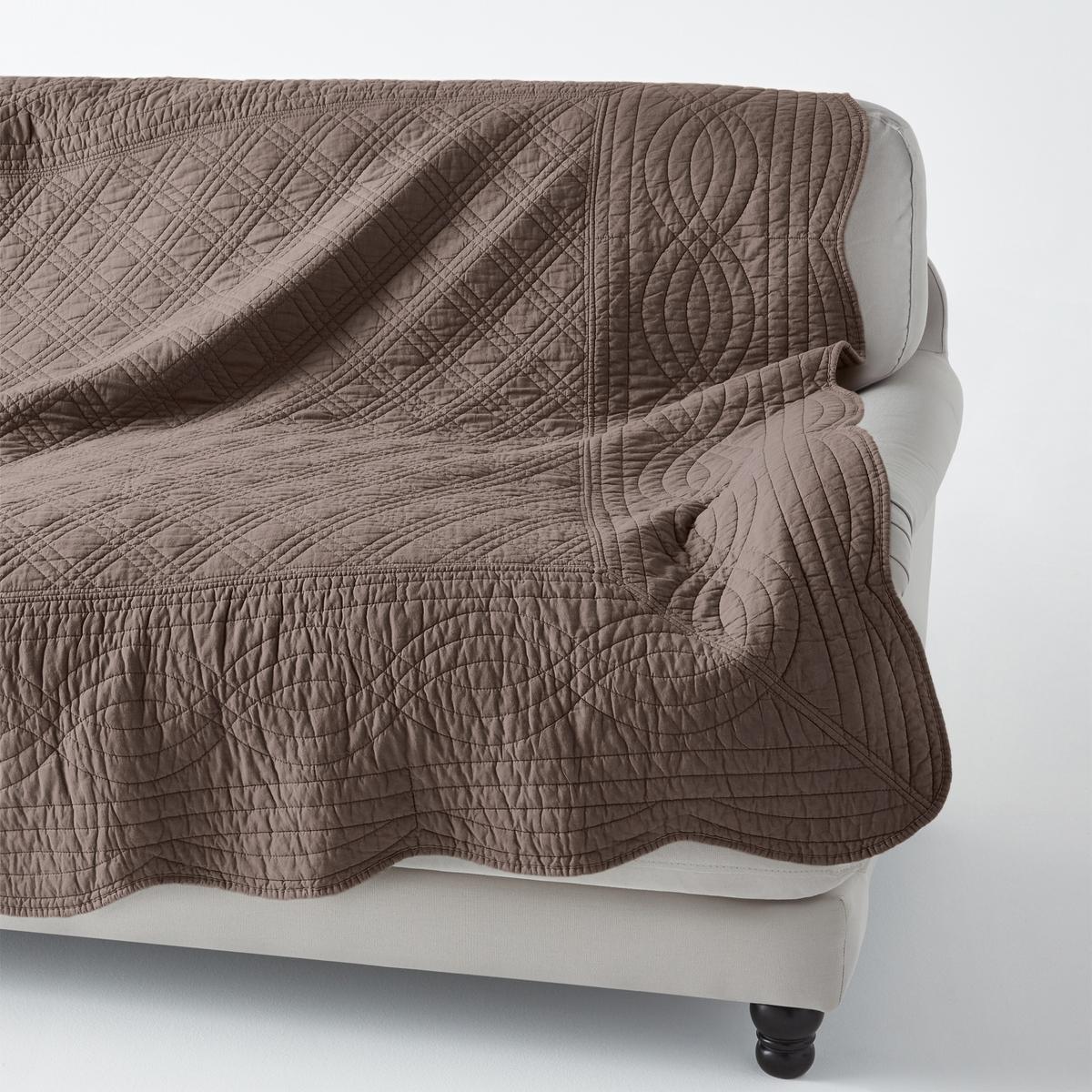 Покрывало стеганоеКачество VALEUR S?RE за качество материалов и тщательную отделку. 100% хлопка. Ручная работа, рельефная стежка, современная цветовая гамма. Наполнитель из 100% хлопка (250 г/м?). Волнистые края. Украсит кровать, кресло, диван… Стирка при 40°. Превосходная<br><br>Цвет: серо-коричневый