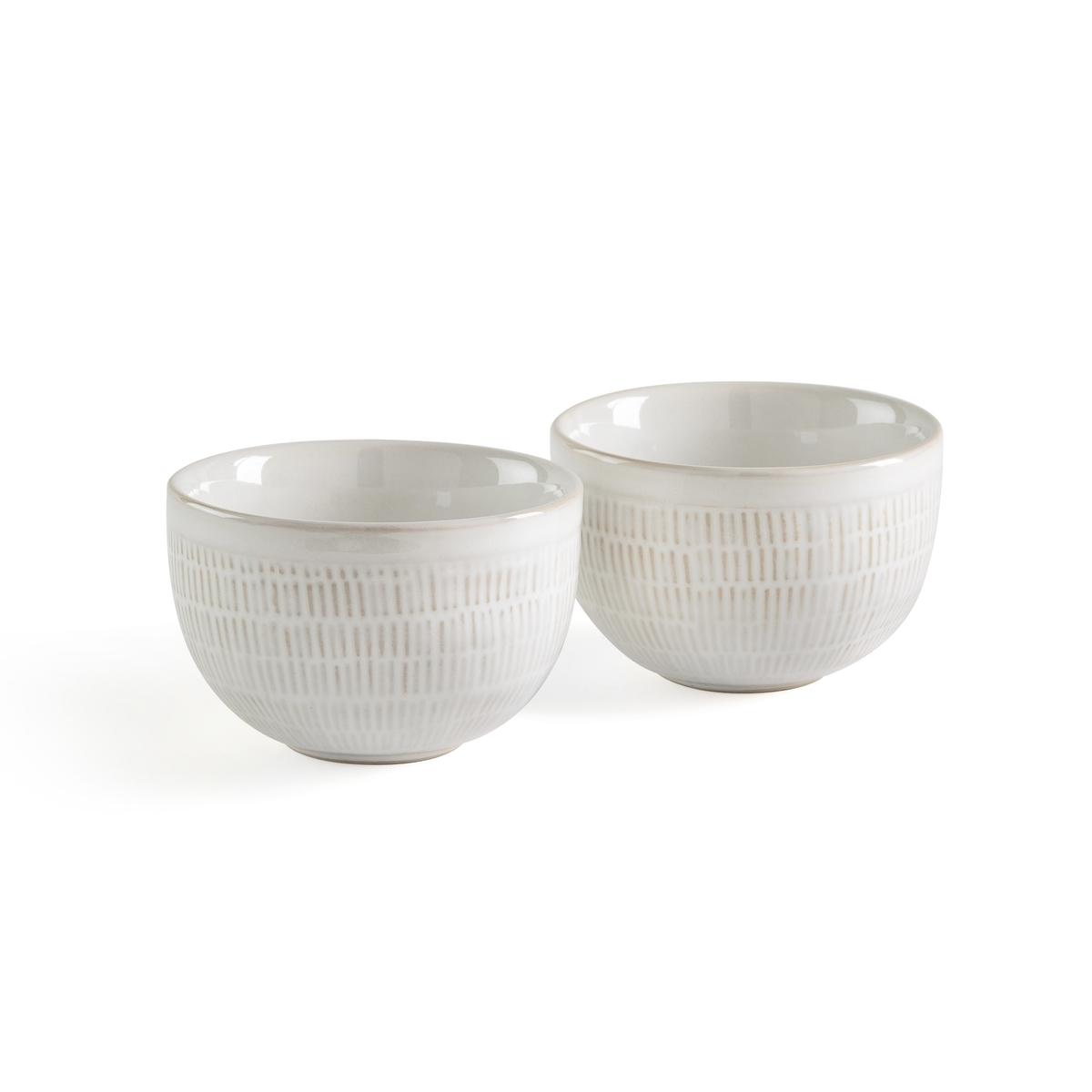 Чашка эмалированная LOKJI (2 шт.)Описание:Комплект из 2 чашек La Redoute Interieurs : текстурный узор с эмалированной отделкой для создания стиля былых времен на столе.Характеристики чашек •  Камень с отделкой разноцветной эмалью •  Блестящая отделкаРазмеры чашек •  Диаметр 8 см •  Высота 5,5 смВсю коллекцию столового декора вы найдете на сайте la redoute.<br><br>Цвет: белый
