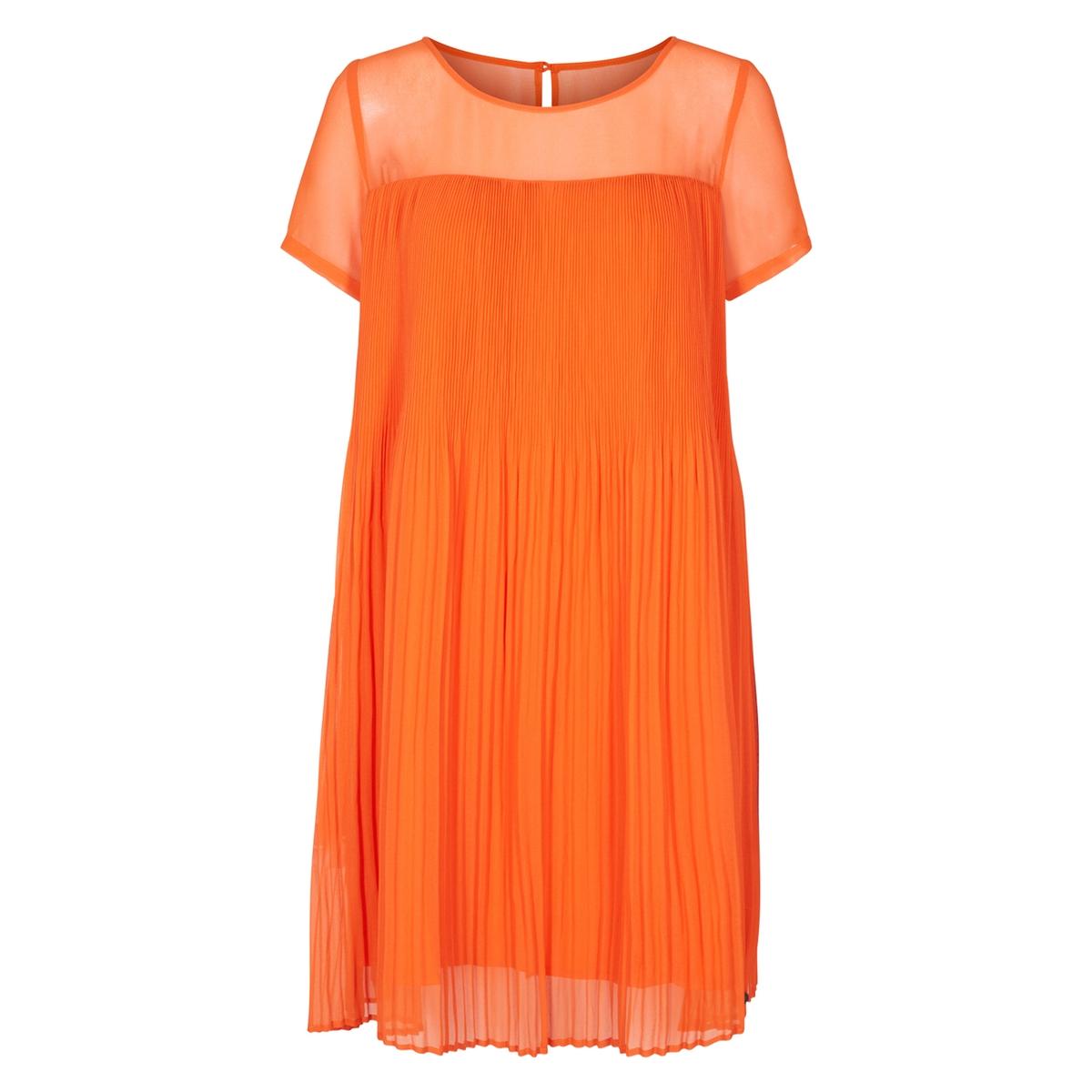 купить Платье струящееся расклешенное плиссированное с короткими рукавами по цене 4374.3 рублей