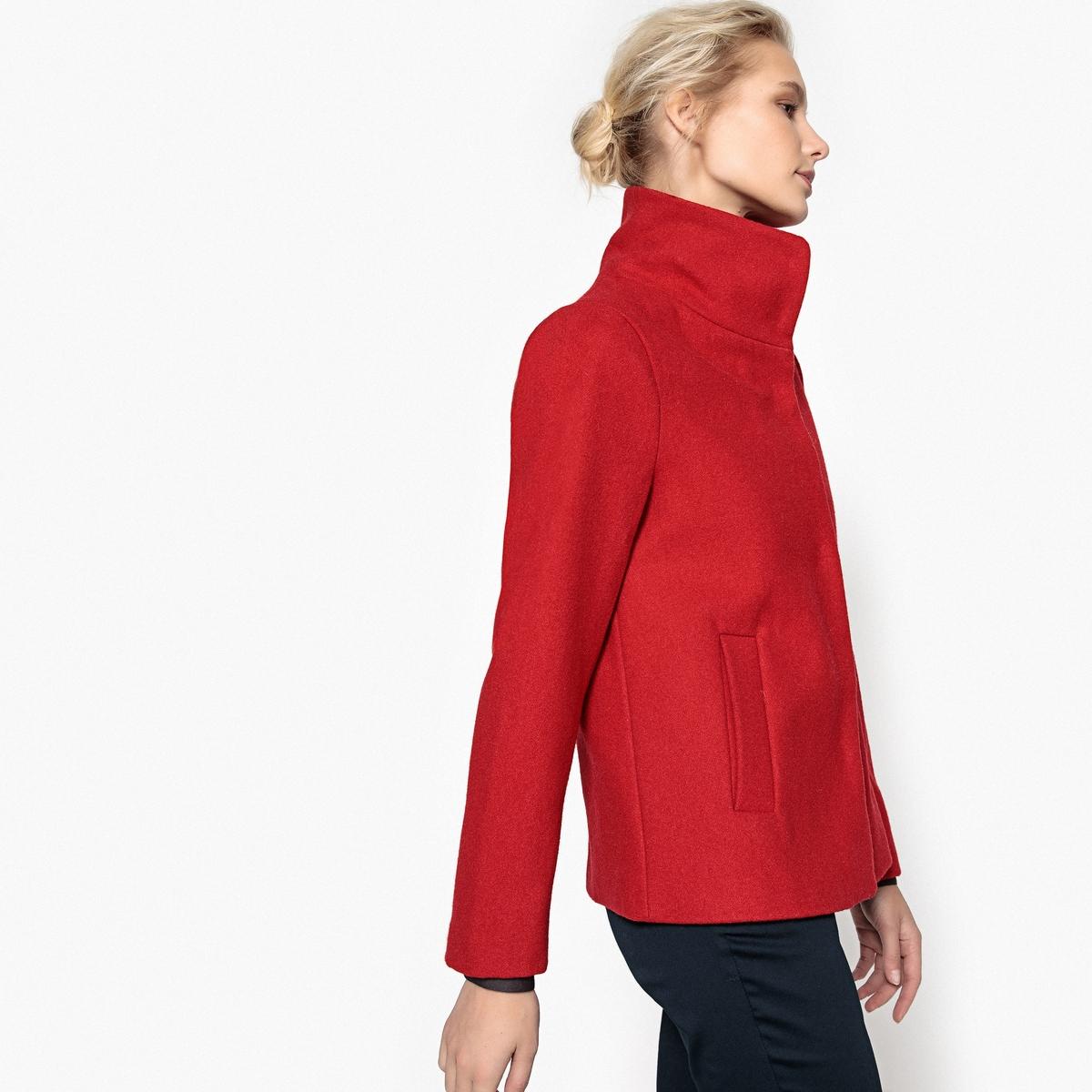 Пальто короткое со стоячим воротником