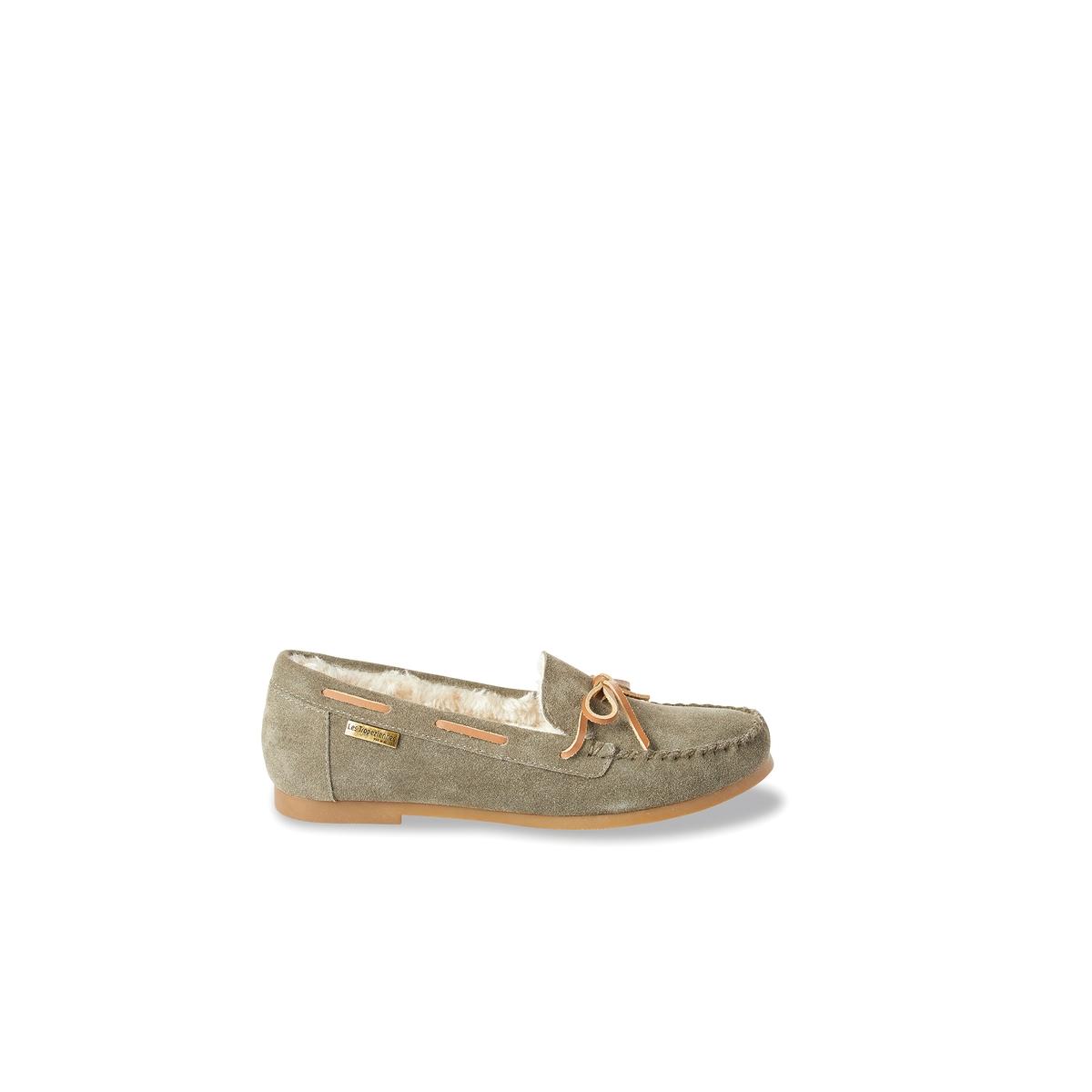 Мокасины кожаные на меху GalwayДетали   •  Мокасины •  Высота каблука : 1 см. •  Застежка : без застежки •  Круглый мысок •  Велюровая отделка, нубукСостав и уход   •  Верх 100% спилок •  Подкладка 100% текстиль •  Стелька 100% текстиль •  Подошва 100% синтетический материал<br><br>Цвет: зеленый хаки,темно-бежевый