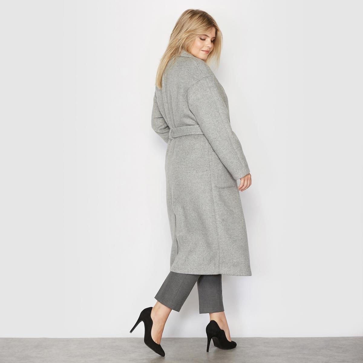 Пальто длинное, 34% шерстиПальто длинное.Очень красивая драповая шерсть, плотная и тёплая.Пиджачный воротник.Застёжка на 2 внутренние кнопки спереди, с поясом.2 накладных кармана.Съемный пояс со шлевками.Длинные рукава, закругленные вставки на плечах.Шлица сзади посередине.Очень красивая внутренняя отделка  белой лентой (шнуром). Состав и описание :Материал : меланжевая ткань 54% полиэстера, 34% шерсти, 7% акрила, 5% полиамида. Без подкладки.Длина: 111 см. Марка : CASTALUNA.Уход: Сухая чистка..<br><br>Цвет: светло-серый<br>Размер: 56 (FR) - 62 (RUS).52 (FR) - 58 (RUS).54 (FR) - 60 (RUS)