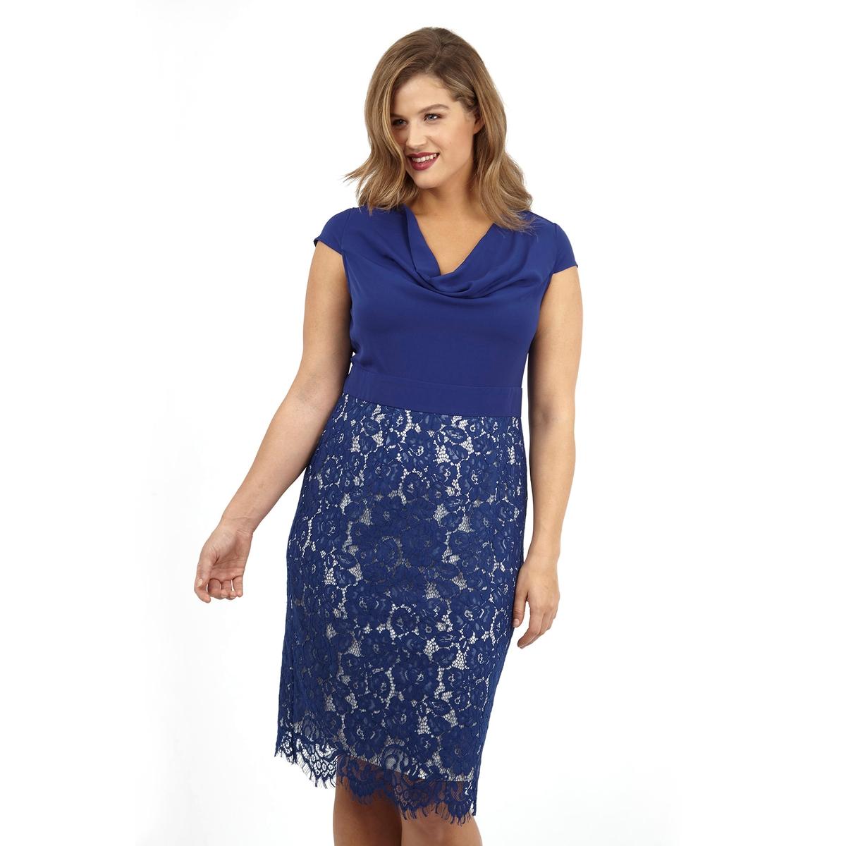 ПлатьеПлатье без рукавов LOVEDROBE. Красивый V-образный вырез. Отделка низа кружевом. 100% полиэстер.<br><br>Цвет: синий<br>Размер: 48 (FR) - 54 (RUS)