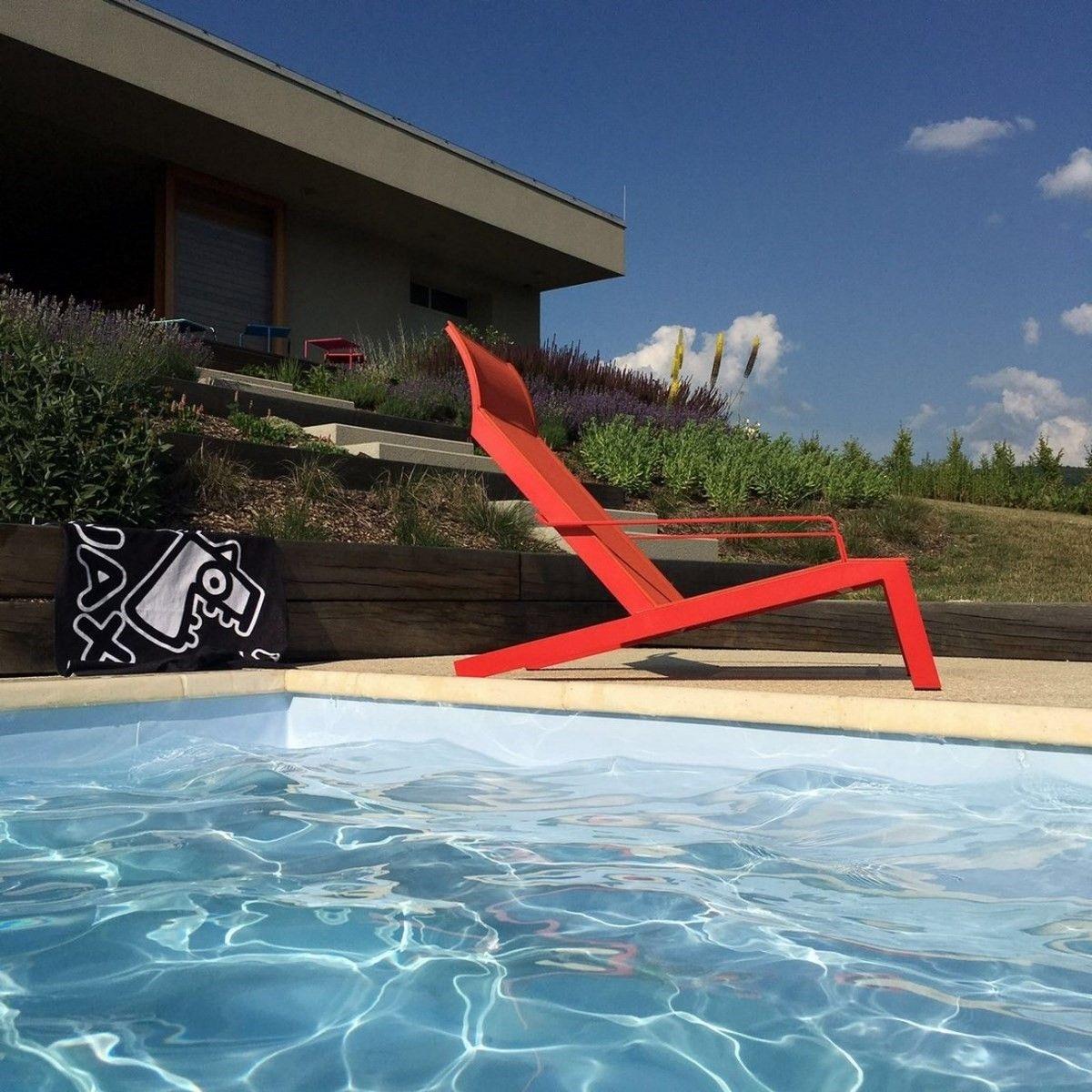 Transat ALVA EGOE fauteuil avec accoudoirs extérieur en aluminium rouge orange