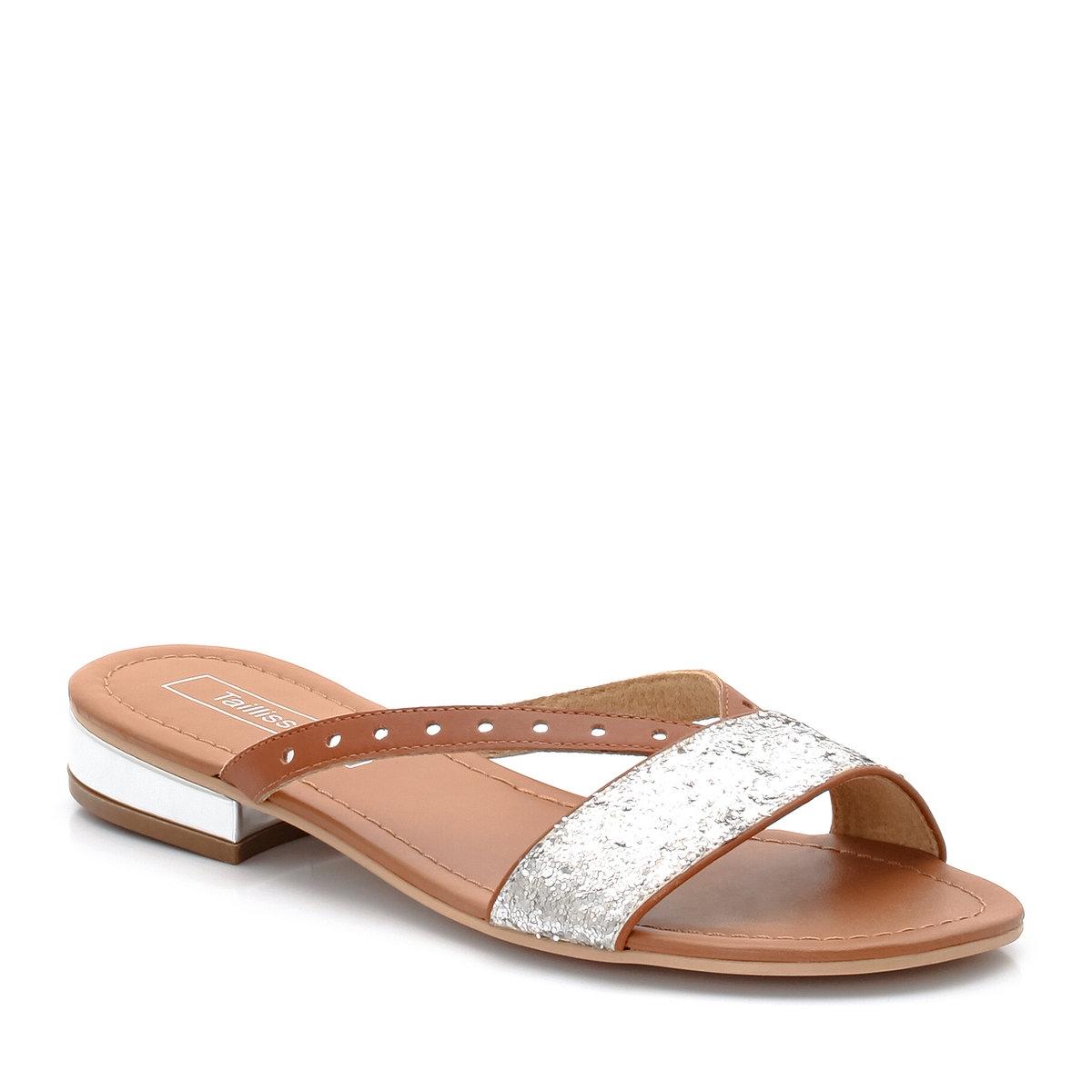 Шлепанцы кожаныеСтильная деталь: маленький металлизированный каблук и блестки<br><br>Цвет: серебристый<br>Размер: 40