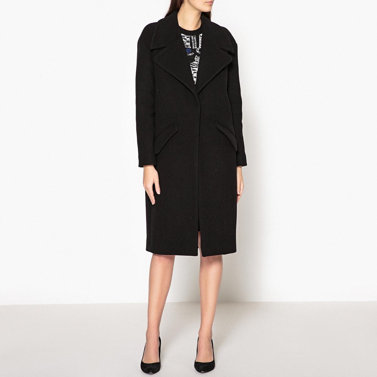 Пальто удлинённое WOMANОписание:Пальто удлинённое BA&amp;SH - модель WOMAN с большим стоячим воротником и накладными карманами.Детали •  Длина  : удлиненная модель •  Шалевый воротник • Застежка на пуговицыСостав и уход •  75% шерсти, 25% полиамида •  Следуйте советам по уходу, указанным на этикетке   •  Прорезь сзади<br><br>Цвет: черный<br>Размер: L
