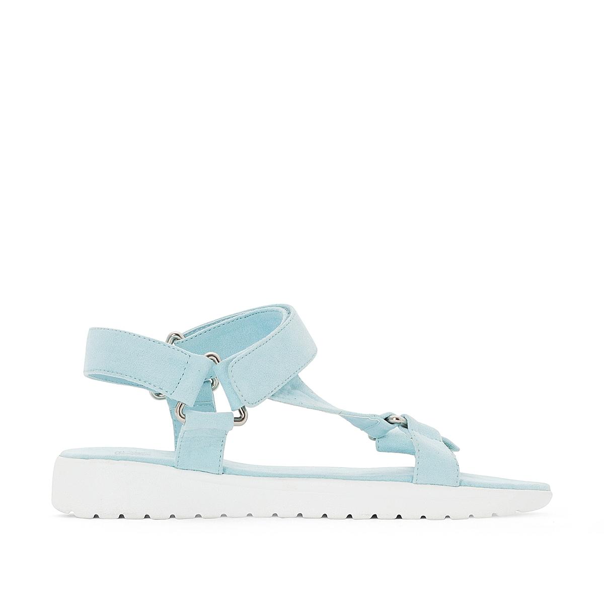 Sandálias com presilha vertical