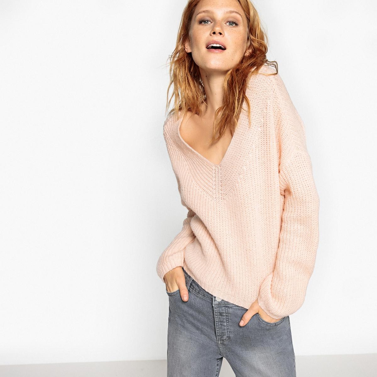 Пуловер укороченный с V-образным вырезом