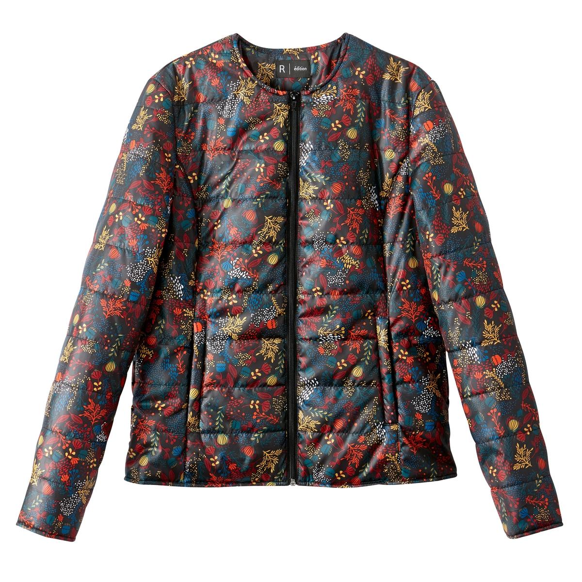 Куртка легкая с рисункомЛегкая короткая стеганая куртка со стильным принтом и модной расцветкой . Теплая и мягкая куртка актуальнв в этом сезоне .Детали •  Длина : укороченная •  Без воротника •  Рисунок-принт •  Застежка на молниюСостав и уход •  100% полиэстер •  Подкладка : 100% полиэстер •  Температура стирки при 30° на деликатном режиме   •  Сухая чистка и отбеливатели запрещены •  Не использовать барабанную сушку   •  Не гладить •  Длина : 62 см<br><br>Цвет: рисунок/фон черный<br>Размер: 52 (FR) - 58 (RUS).42 (FR) - 48 (RUS).40 (FR) - 46 (RUS).38 (FR) - 44 (RUS).36 (FR) - 42 (RUS).50 (FR) - 56 (RUS)