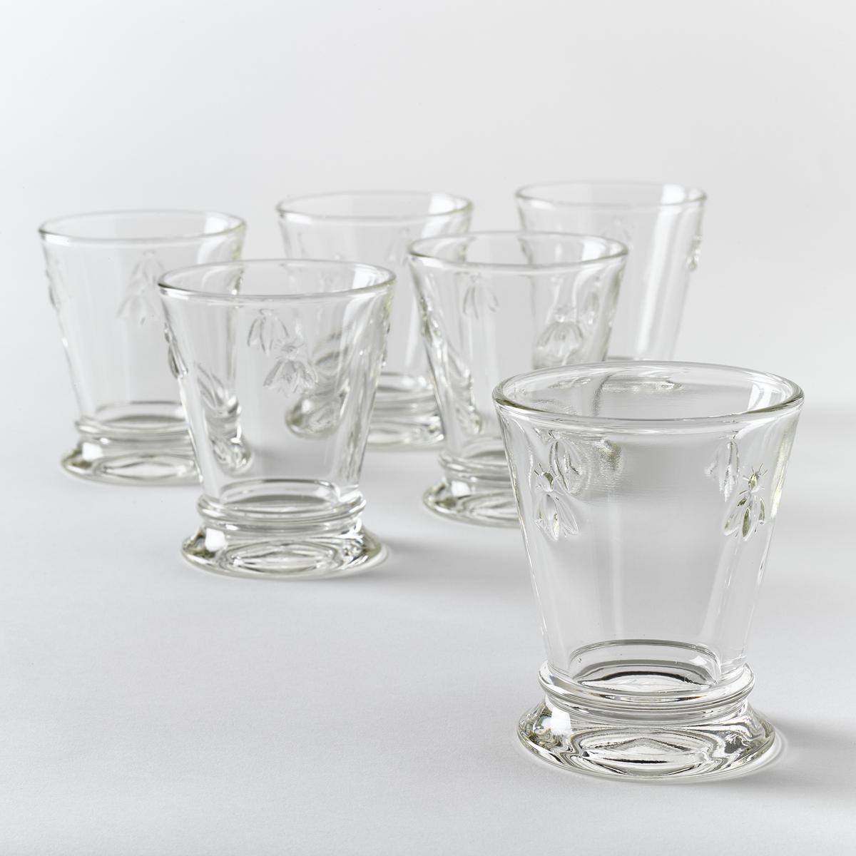Комплект из 6 стаканов для водыКомплект из 6 стаканов для воды с рисунком пчёлы: элегантные стаканы для Вашего изысканного стола.Характеристики:- очень прочное прессованное стекло- декорированы рисунком 4-х пчёл.- Объём: 270 мл.- Диаметр 9 x Выс. 10,30 см.- Можно использовать в посудомоечных машинах.- Произведено во Франции.Вы можете подобрать подходящие винные бокалы на сайте laredoute.ru.<br><br>Цвет: стеклянный прозрачный
