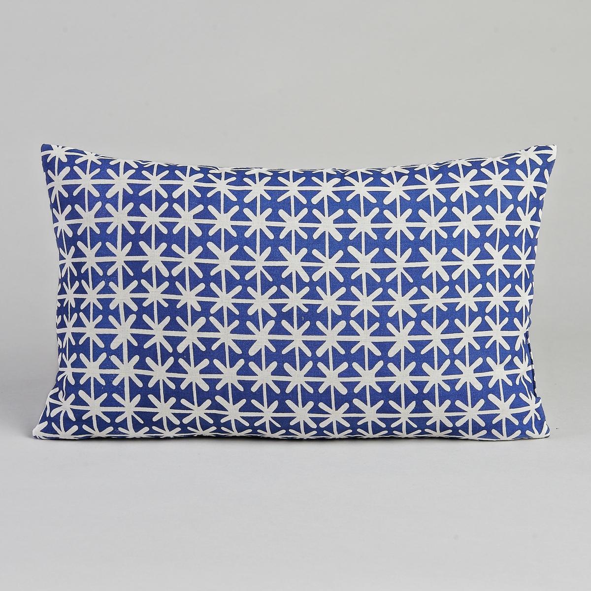 Чехол для подушки JumagЧехол для подушки Jumag. Белый рисунок на синем фоне. Застёжка на скрытую молнию сзади. Хлопковая вуаль с рисунком, подкладка из 100% хлопка. Размер : 50 x 30 см.<br><br>Цвет: синий