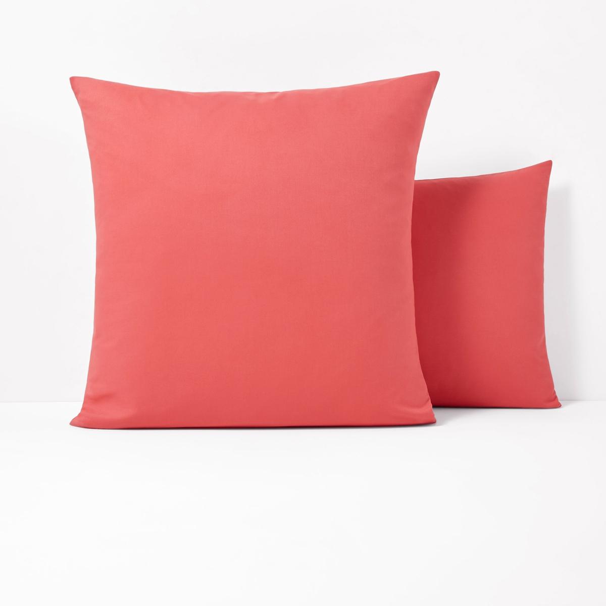 Наволочки из поликотонаКвадратная и прямоугольная наволочки из ткани 50% хлопка, 50% полиэстера плотного переплетения (57 нитей/см?) : длительный комфорт, отличная прочность. Чем больше плотность переплетения нитей/см?, тем качественнее материал.Характеристики наволочек из поликоттона без волана:- Наволочки (квадратная или прямоугольная) имеют широкий клапан для надёжного удерживания подушки.- В форме чехла, без воланов .- Отличная стойкость цветов к стиркам (60 °C), быстрая сушка, глажка не требуется.                                                                                                                                                                       Преимущества   : великолепная гамма очень современных оттенков для сочетания по желанию с простынями и пододеяльниками SCENARIO и рисунками коллекции. Знак Oeko-Tex® гарантирует, что товары протестированы и сертифицированы, не содержат вредных веществ, которые могли бы нанести вред здоровью.                                                                                                          Наволочка :50 x 70 см : прямоугольная наволочка63 x 63 см : квадратная наволочка                                                                                                                               Найдите другие предметы постельного белья SC?NARIO на нашем сайте<br><br>Цвет: желтый лимонный,розовый коралловый