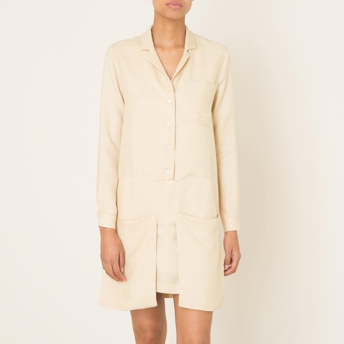 Платье ROMYПлатье короткое MARGAUX LONNBERG - модель ROMY с большими карманами. Зазубренный рубашечный воротник с застёжкой на пуговицы спереди. Длинные рукава, манжеты с застежкой на пуговицу. 2 больших кармана снизу. Состав и описание    Материал : 98% вискозы, 3% шелка   Марка : MARGAUX LONNBERG<br><br>Цвет: бежевый