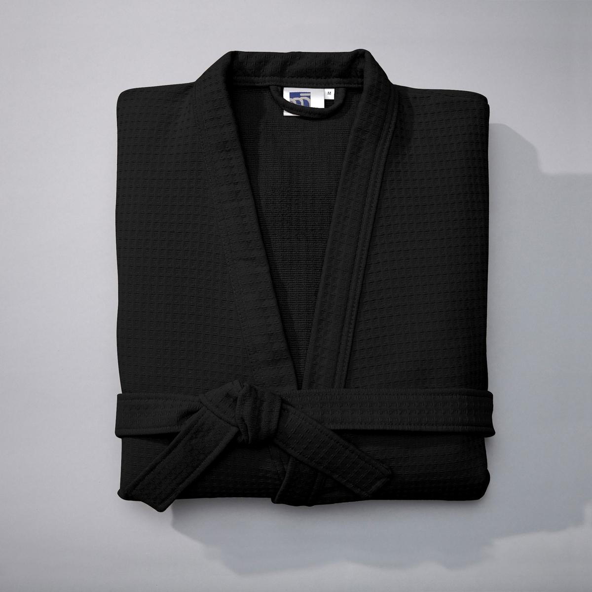Халат из вафельной ткани, 400 г/м?Характеристики халата из 100% хлопка (400 г/м?)   : Вафельная ткань с внешней стороны, махровая - с внутренней .Воротник-кимоно, приподнятые рукава, накладные карманы, пояс со шлевками .Длина 110-113 см, в зависимости от объема талии .Машинная стирка при 60 °С.<br><br>Цвет: черный