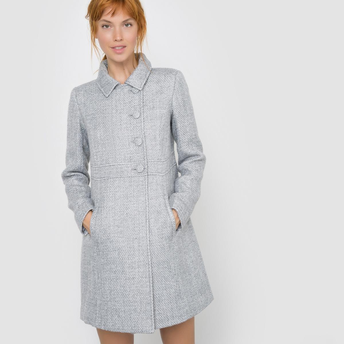 Пальто приталенное из рельефного материалаПальто с длинными рукавами Mademoiselle R. Пальто приталенного покроя. Рельефный материал. Асимметричная застежка на пуговицы. Боковые карманы. Воротник-поло.Состав и описаниеМарка : Mademoiselle RМатериал : 65% полиэстера, 20% шерсти, 10% акрила, 5% других волоконПодкладка : 100% полиэстерДлина : 85 см УходРекомендована только сухая чисткаГладить при очень низкой температуре<br><br>Цвет: розовый,светло-серый<br>Размер: 36 (FR) - 42 (RUS).42 (FR) - 48 (RUS)