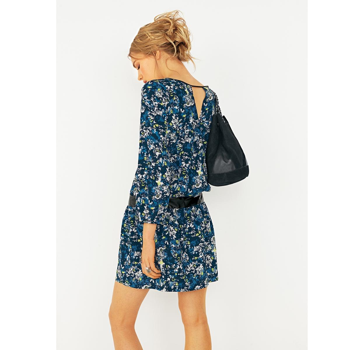 Платье прямое с цветочным рисункомПлатье прямое из 100% вискозы. Длинные рукава. Пояс на талии из искусственной кожи. Шлица сзади. Вырез отделан искусственной кожей. Длина: 92 см.<br><br>Цвет: набивной рисунок<br>Размер: 48 (FR) - 54 (RUS)