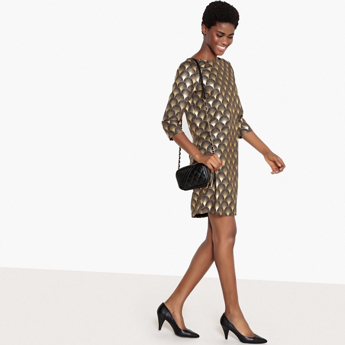 Платье вечернее с золотистым геометрическим рисунком