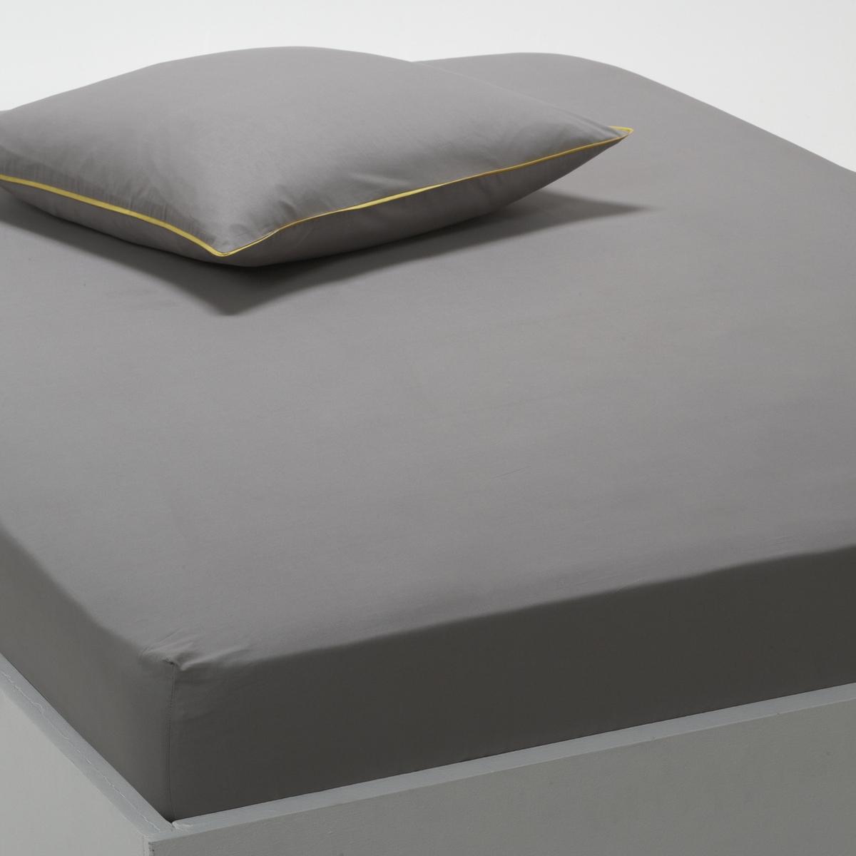 Натяжная простыня ДуэтКАЧЕСТВО BEST. Мягкая и прочная перкаль, 100% хлопка, с очень плотным переплетением нитей (70 нитей/см?). Стирка при 60°. Размеры: 90 x 190 см : 1-сп. 140 x 190 см : 2-сп. 160 x 200 см : 2-сп.<br><br>Цвет: Рисунок сине-зеленый