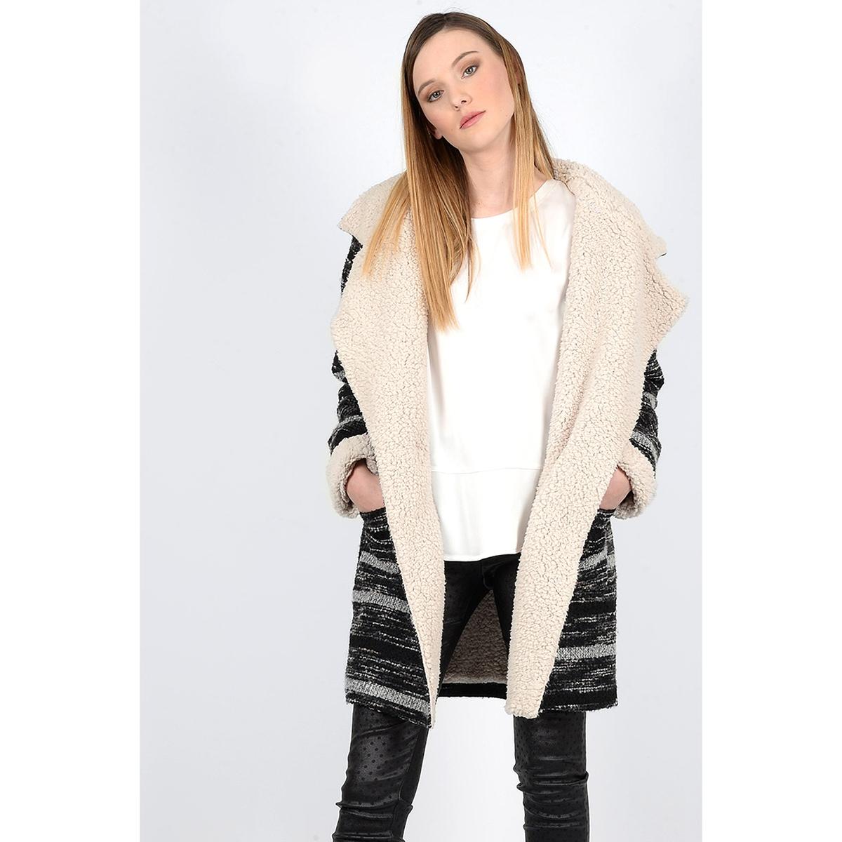 Пальто длинное на меху