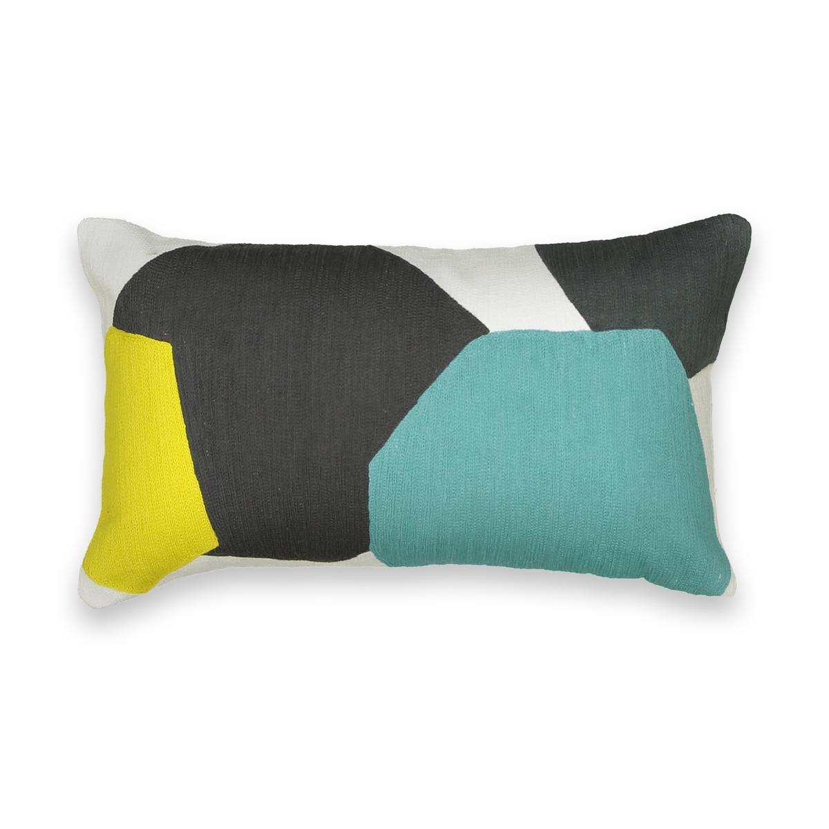 Наволочка с вышивкойОписание:Наволочка   Stinkal .   Графический рисунок, который украсит ваш диван .  .  100% хлопок .  Стирать при 30°C.  Размеры: 50 x 30 см.    Сочетается с чехлом для подушки Stinkal прямоугольной формы и с подушкой-наполнителем, которые продаются на нашем сайте .<br><br>Цвет: разноцветный