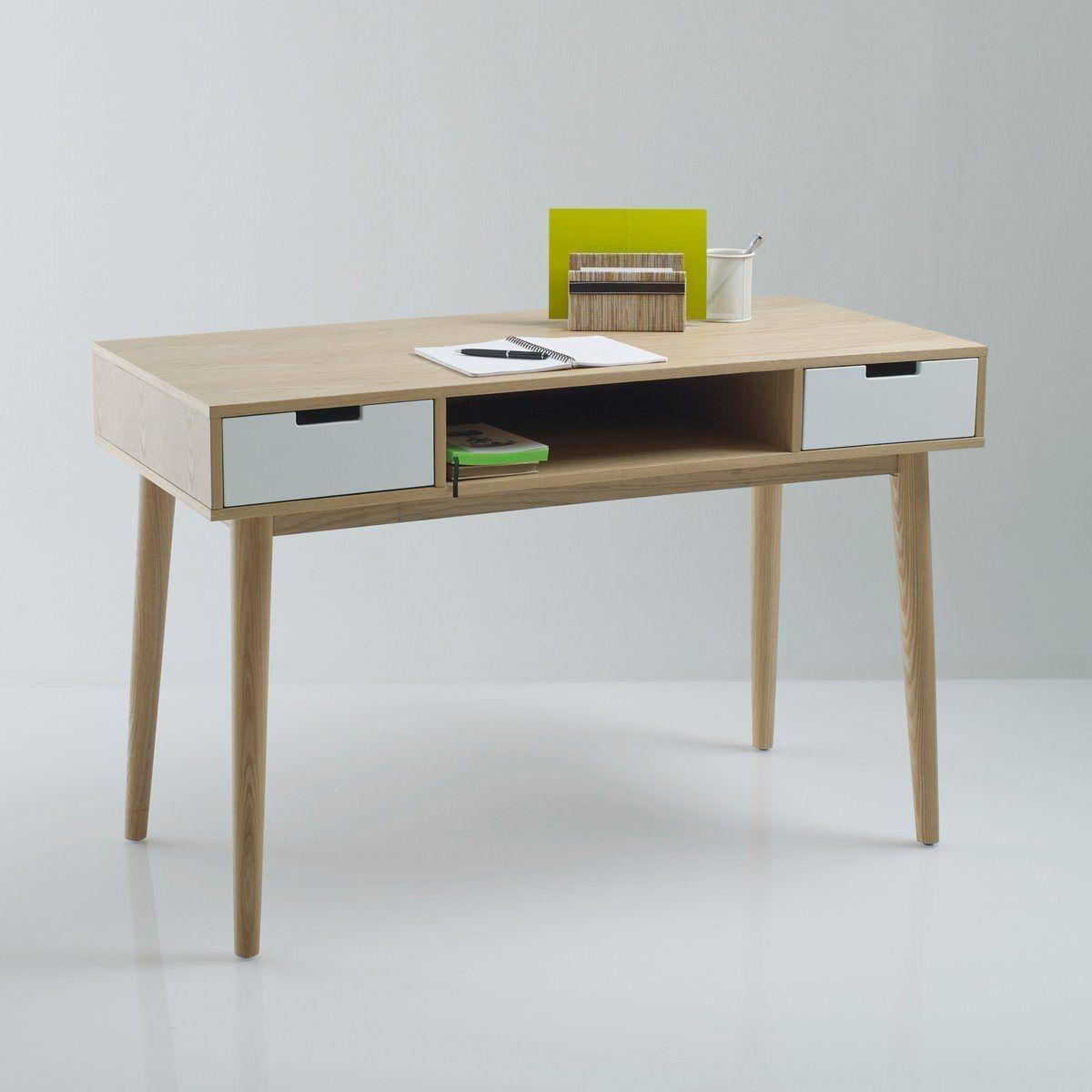 Le bureau 2 tiroirs, 1 niche, Jimi. Esprit vintage, ce bureau compact par ses dimensions ira facilement dans votre chambre ou votre salon. Ses 2 tiroirs et sa grande niche centrale vous permettront de ranger papiers, livres et stylos et même votre ordinat