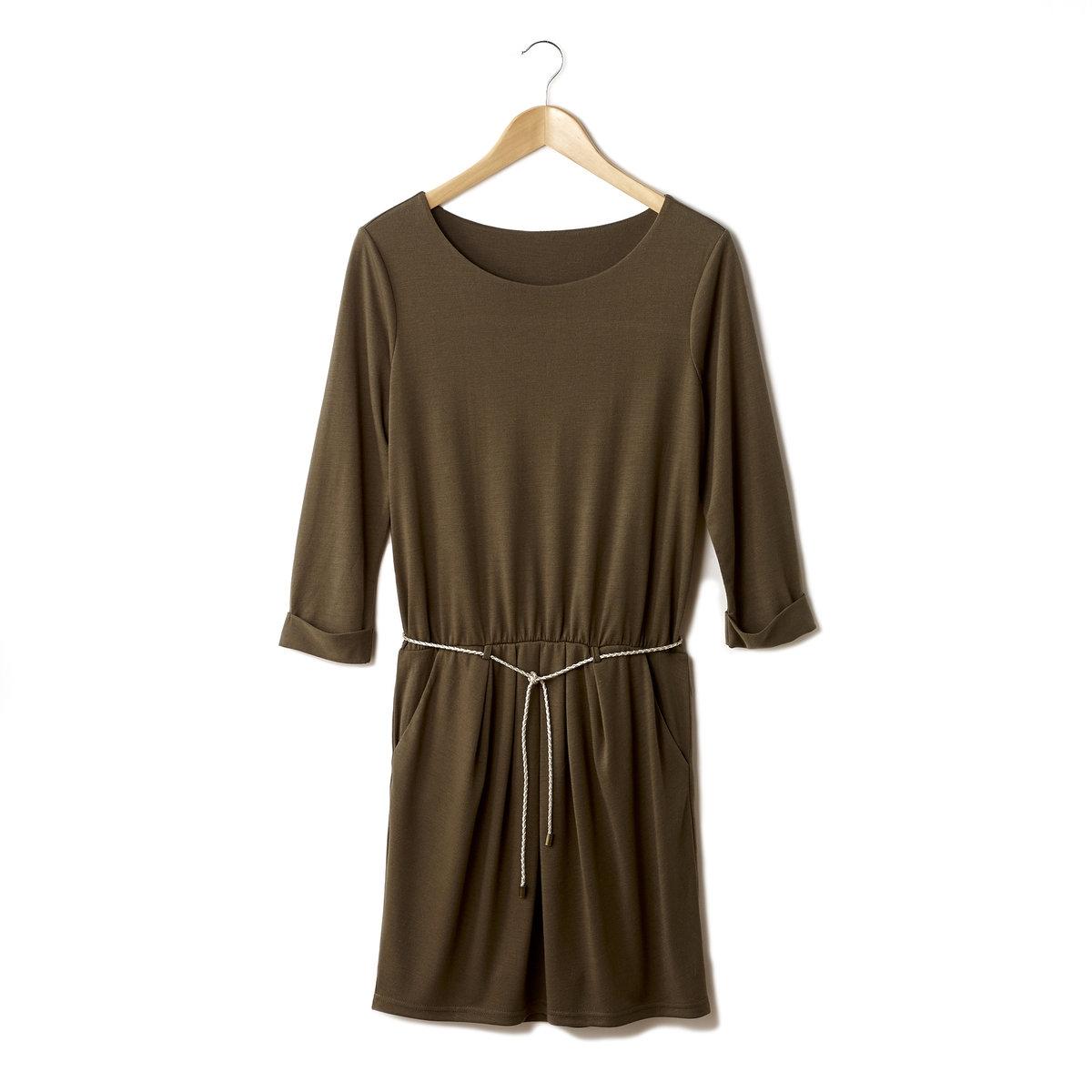 Платье с плетеным поясомПлатье VILA. 65% полиэстерa, 35 % вискозы. Рукава 3/4. Плетеный пояс. Длина ок. 93 см.<br><br>Цвет: хаки<br>Размер: L