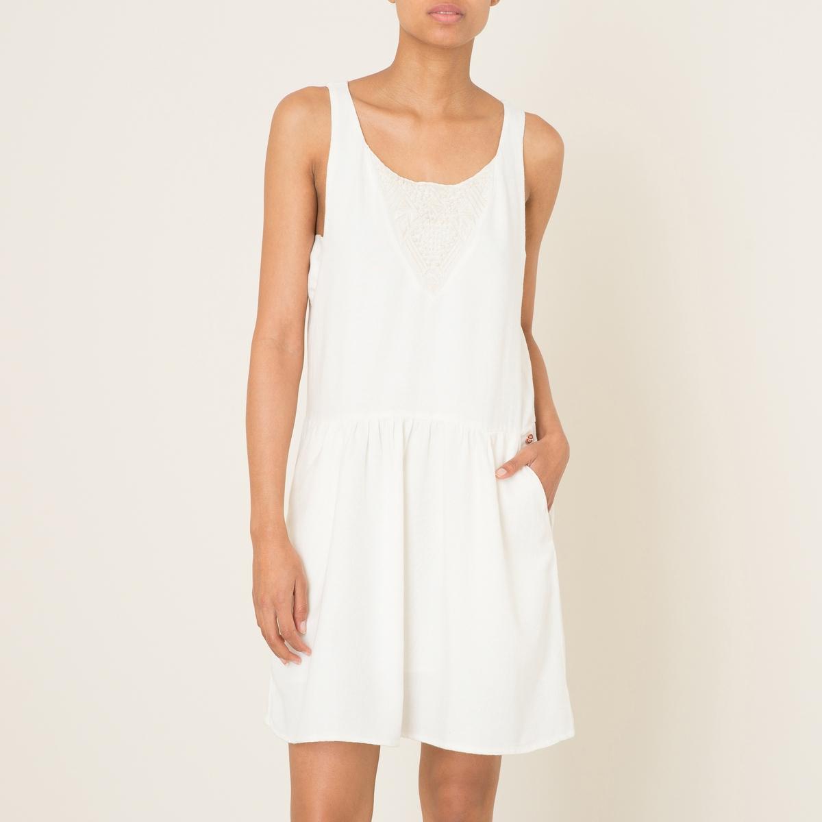 Платье с вышивкойСостав и описание    Материал : 55% вискозы, 45% хлопка.   Марка : HARRIS WILSON<br><br>Цвет: экрю