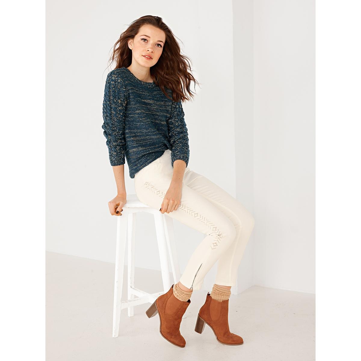Пуловер со шнуровкой сзади