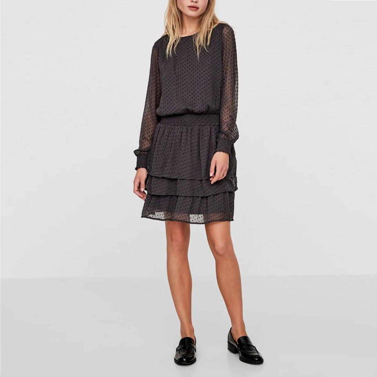 Платье однотонное короткого и расклешенного покроя с длинными рукавами vero moda свитер с длинными рукавами