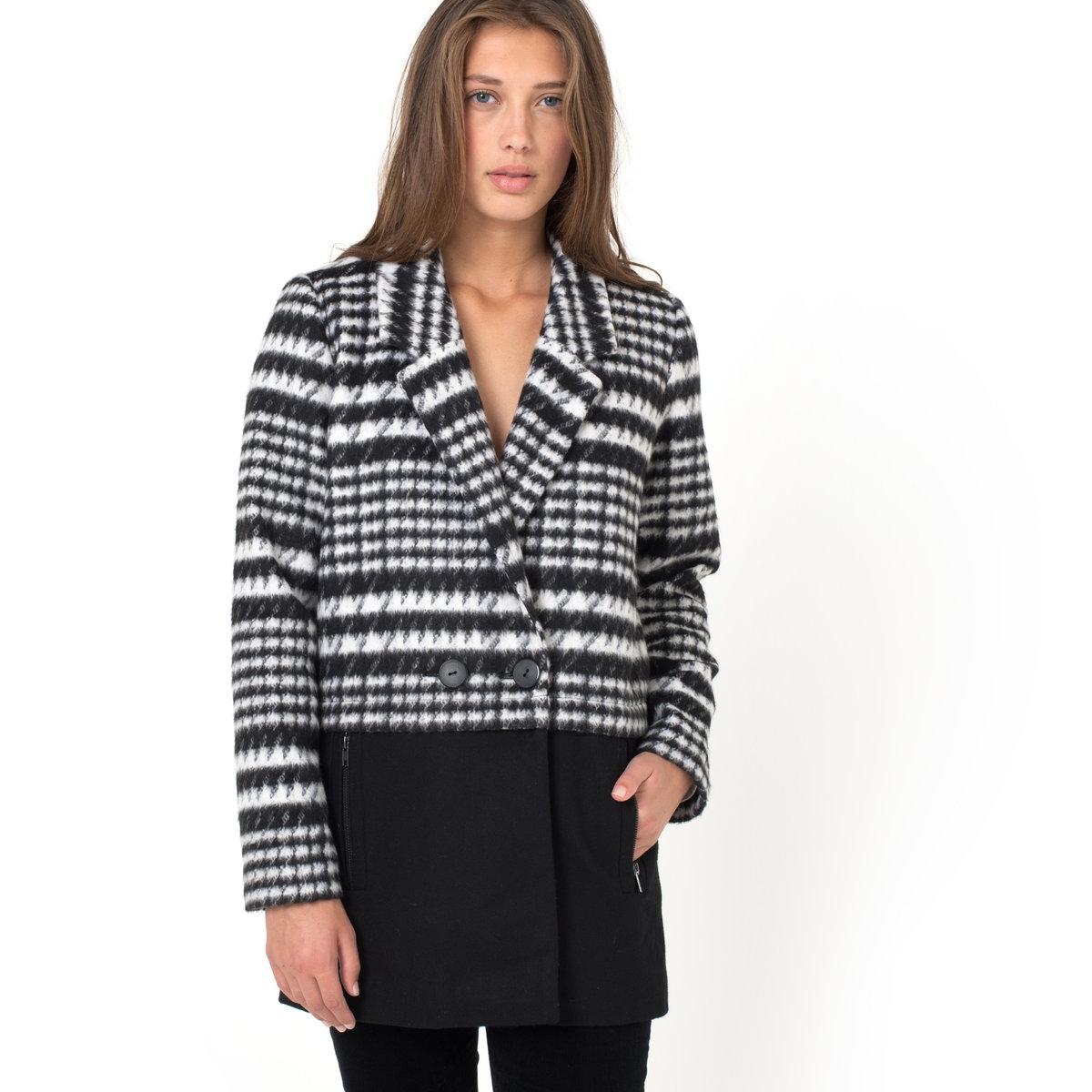 Пальто двухцветное SoniaПальто Sonia - ICHI. Двухцветное. 51,5% шерсти, 48,5% полиэстера. 2 кармана с застёжкой на молнию по бокам. Длина ок. 83 см.<br><br>Цвет: черный/ белый