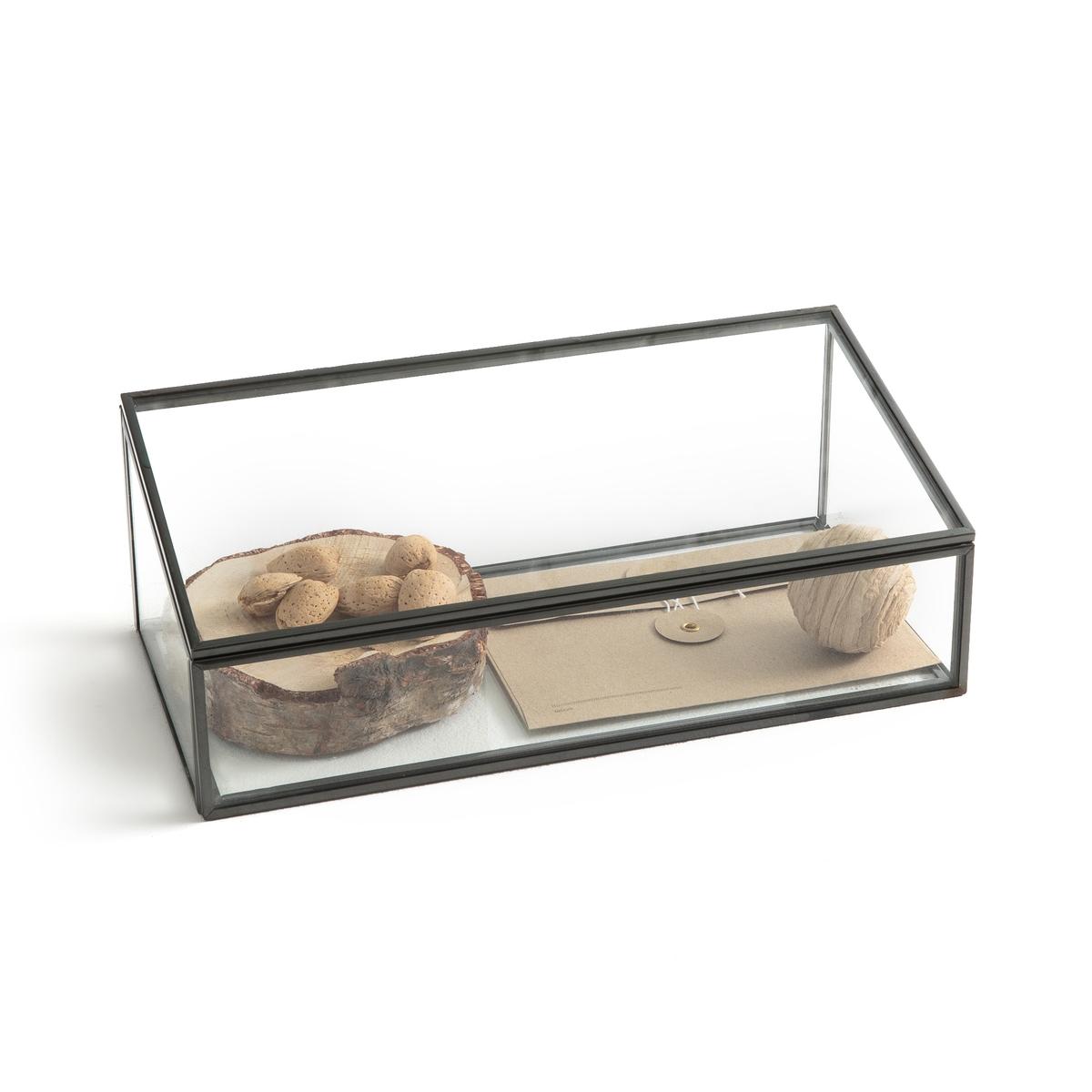 Коробка-витрина, Ш30 x В12 x Г15 см, DigoriКоробка Digori. Коробка для хранения и демонстрации украшений, драгоценностей и других ценных предметов.Характеристики :- Из стекла и металла с отделкой под латунь или оружейную сталь.- Очень качественная отделкаРазмеры:- Ш30 x В12 x Г15 см- Толщина стекла: 0,4 мм<br><br>Цвет: латунь,темно-серый металл