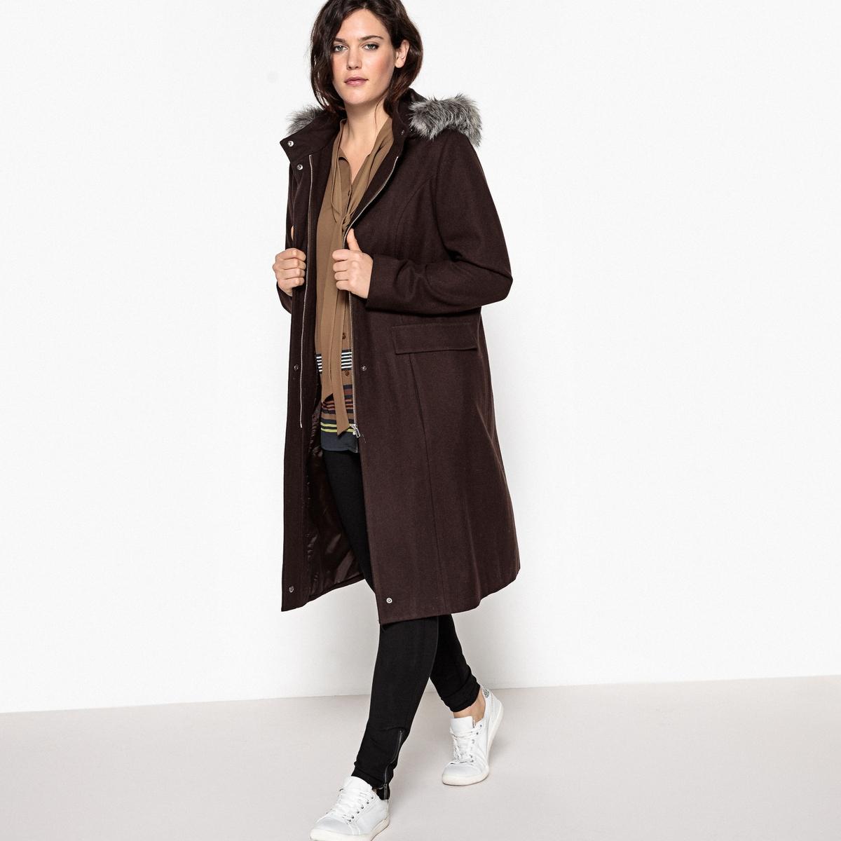 Пальто с капюшоном из искусственного мехаОписание:Вам захочется закутаться в это длинное пальто с капюшоном, которое защитит вас в любую непогоду. Пальто с капюшоном из шерстяного драпа незаменимо в вашем гардеробе.Детали •  Длина : удлиненная модель •  Капюшон •  Застежка на молнию •  С капюшоном Состав и уход •  60% шерсти, 1% полиамида, 39% полиэстера •  Подкладка : 100% полиэстер • Не стирать • Низкая температура глажки / не отбеливать   •  Не использовать барабанную сушку  •  Деликатная сухая чисткаТовар из коллекции больших размеров •  Супатная застежка на молнию и кнопки  •  2 кармана с клапанами •  Капюшон с опушкой из искусственного меха. •  Длина : 106 см.<br><br>Цвет: серый меланж,шоколадный<br>Размер: 54 (FR) - 60 (RUS).50 (FR) - 56 (RUS).46 (FR) - 52 (RUS).48 (FR) - 54 (RUS)