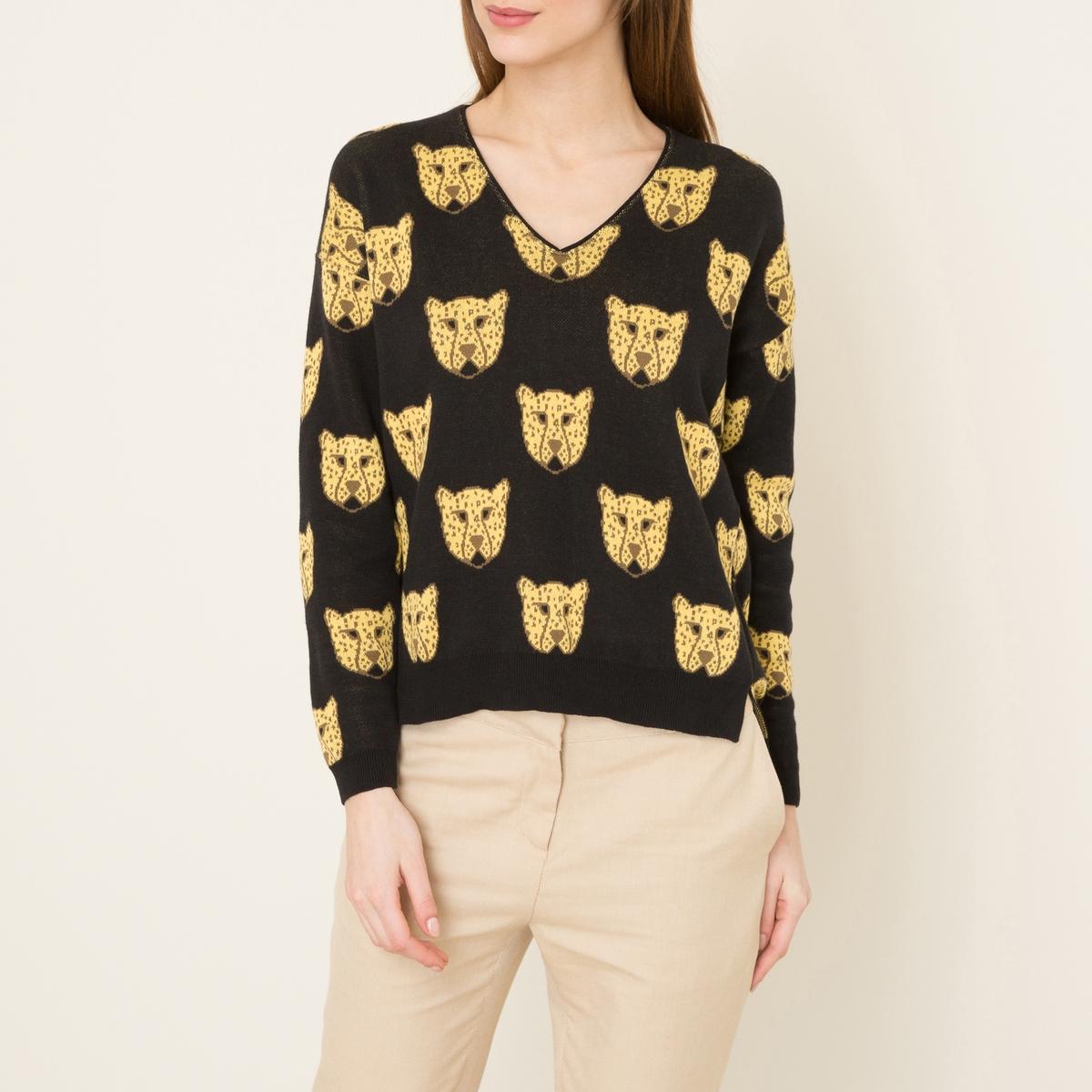 Пуловер GRRRПуловер BLUNE - модель GRRR с жаккардовым рисунком леопард. V-образный вырез с подвернутым краем. Однотонные манжеты и низ связаны в рубчик. Длинные рукава. Удлиненная спинка, разрезы по бокам.Состав и описание Материал : 100% хлопокМарка : BLUNE<br><br>Цвет: черный
