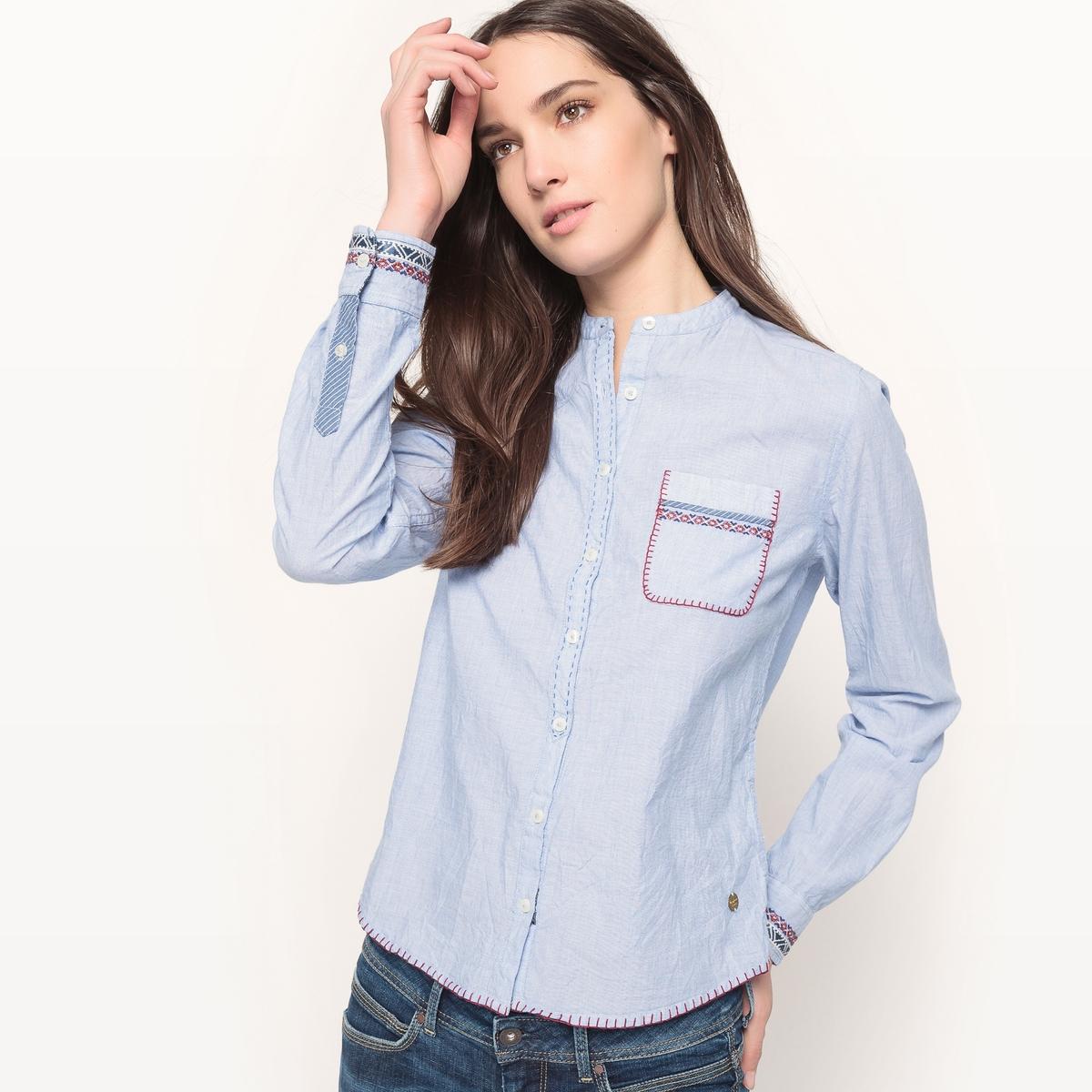 Рубашка из шамбреДетали  •  Длинные рукава •  Приталенный покрой •  Круглый вырез •  Уголки воротника на пуговицахСостав и уход •  100% хлопок •  Следуйте советам по уходу, указанным на этикетке<br><br>Цвет: голубой<br>Размер: M.S.XL