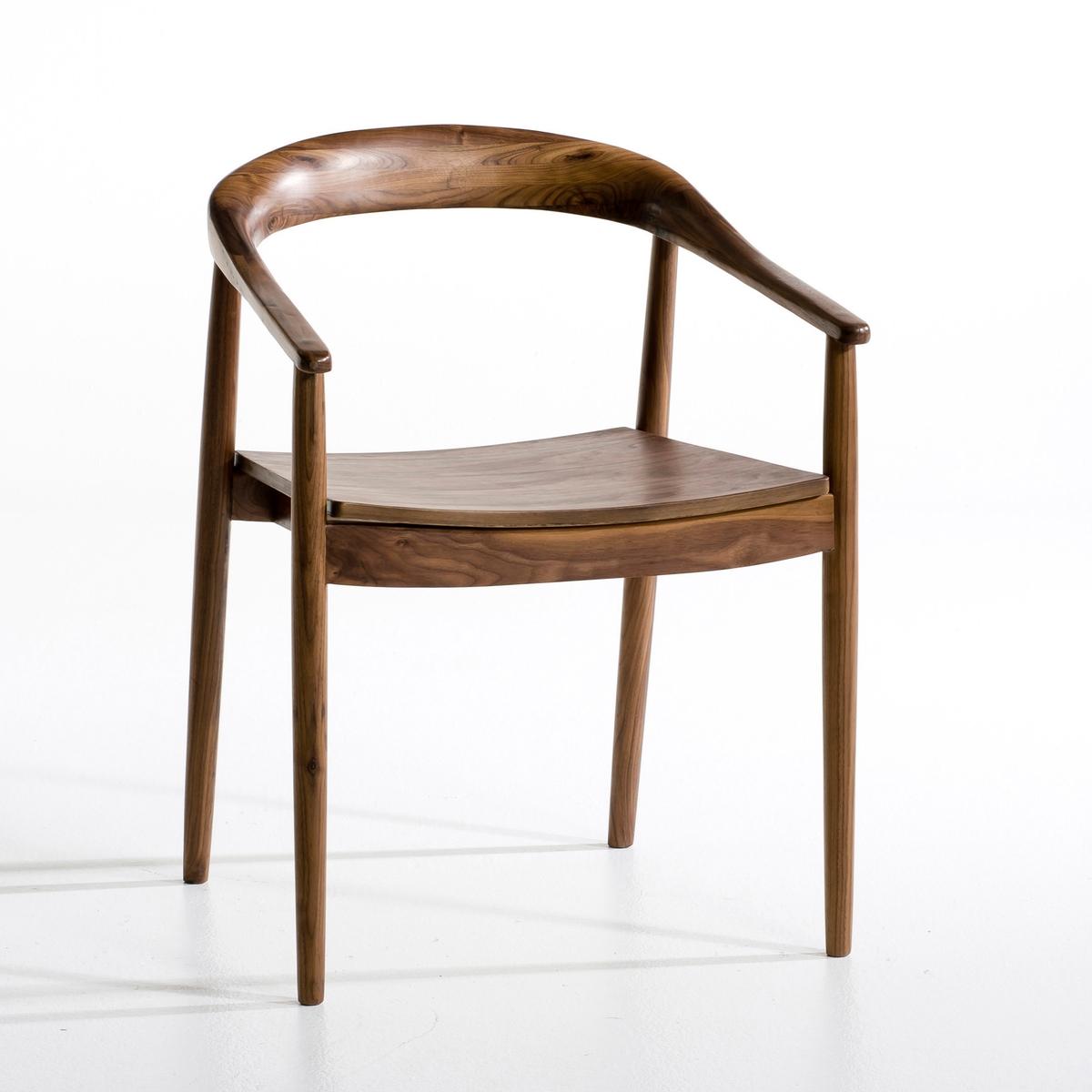 Кресло GalbКресло из массива дуба или орехового дерева.Элегантное кресло изящного дизайна с вогнутыми линиями, очень комфортное. Сиденье из многослойной фанеры, покрытой шпоном орехового дерева или дуба.         Шир..57,5 x Гл..48 x Выс..80 см.<br><br>Цвет: дерево орех,светлый дуб<br>Размер: один