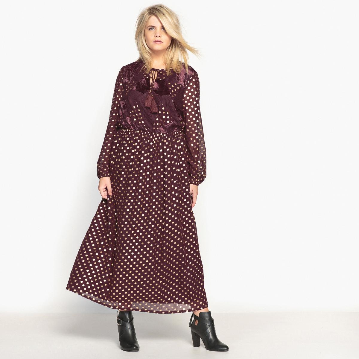 Платье длинное с рисунком в горох и длинными рукавамиДлинное платье с великолепным рисунком в золотистый горох в богемном стиле. Это длинное платье с напускными рукавами отлично будет смотреться с высокими сапогами или ботильонами.Детали •  Форма : МАКСИ •  Длина ниже колен •  Длинные рукава    •   V-образный вырез •  Рисунок-принтСостав и уход •  100% полиэстер  •  Температура стирки 30° на деликатном режиме   •  Сухая чистка и отбеливание запрещены •  Не использовать барабанную сушку •  Низкая температура глажкиТовар из коллекции больших размеровНебольшое преимущество этого длинного платья:вставки из велюрового трикотажа и кружева спереди в стиле пэчворк.<br><br>Цвет: гранатовый