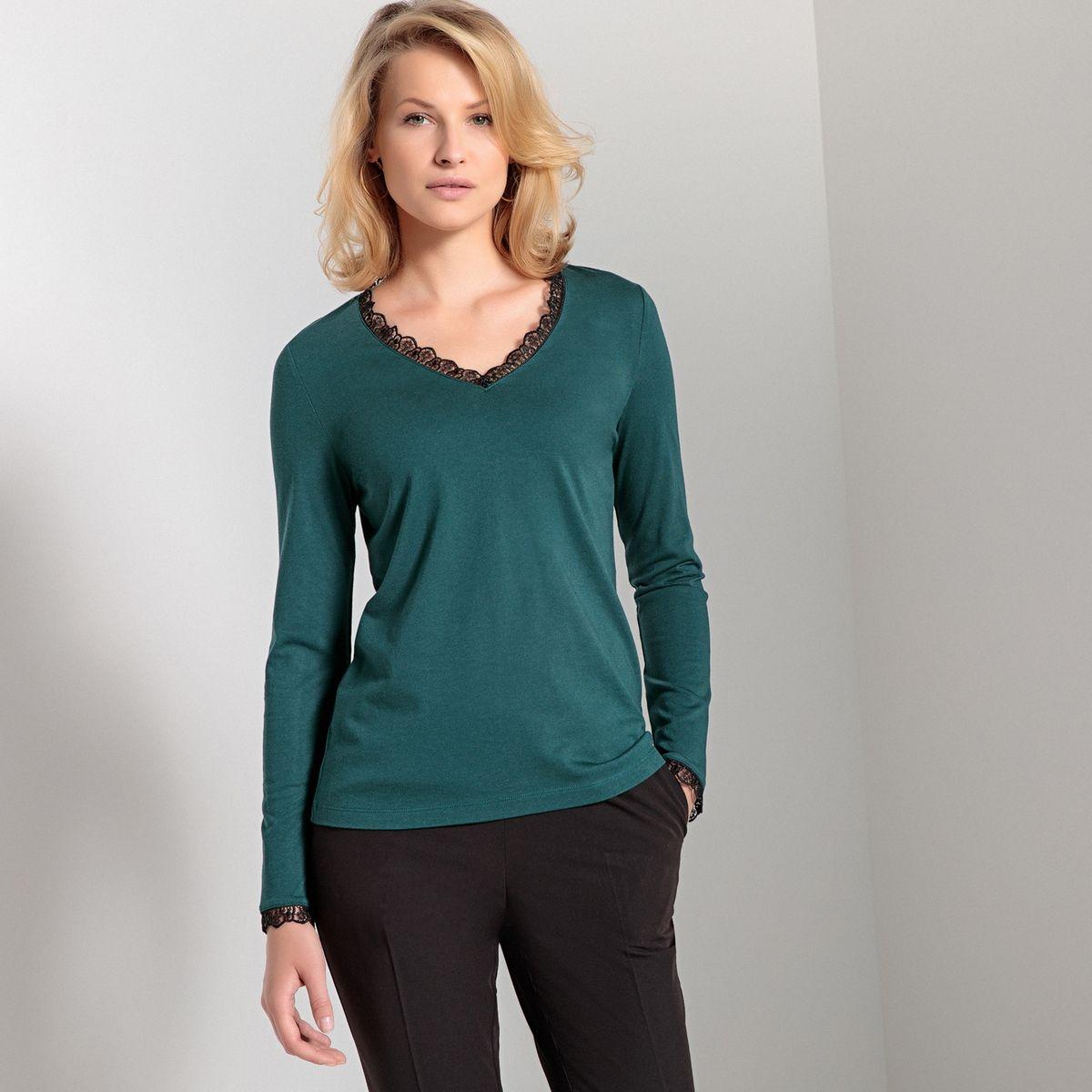 T-shirt col V, détail guipure, manches longues