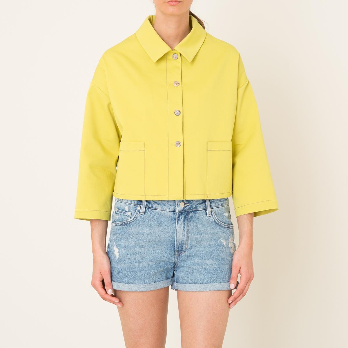 Куртка-рубашкаКуртка NIU -короткий рубашечный покрой на пуговицах, хлопковая ткань. Рубашечный воротник со свободными уголками. Застежка на пуговицы. Длинные объемные рукава, приспущенные плечи. 2 накладных кармана.Состав и описание    Материал : 96% хлопка, 4% эластана   Марка : NIU<br><br>Цвет: желтый