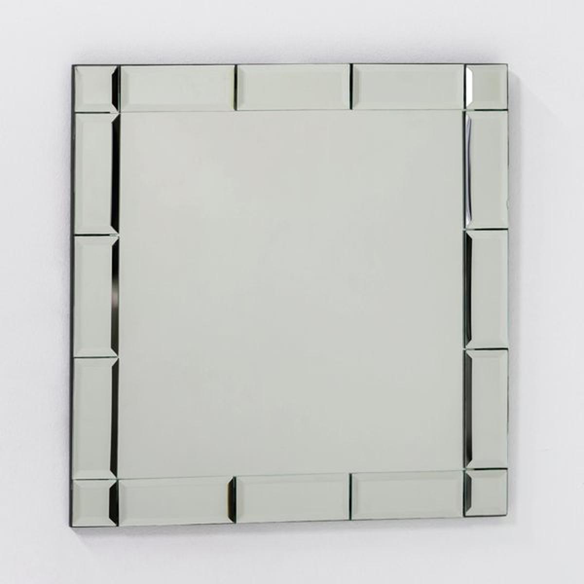 Зеркало настенное Astier, малая модель, Ш.40 x В.40 смЭто настенное зеркало придаст вашей комнате изысканный и утонченный стиль. Рамка со скошенными краями придает больше глубины.  Размеры :40 x 40 см<br><br>Цвет: безцветный